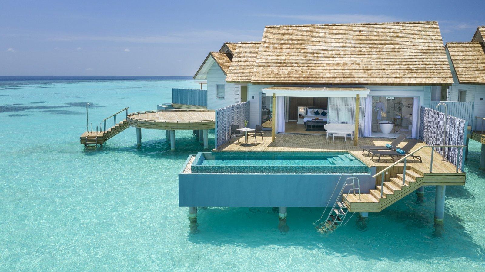 Мальдивы, отель LTI Maafushivaru Maldives, номер Water Pool Villa