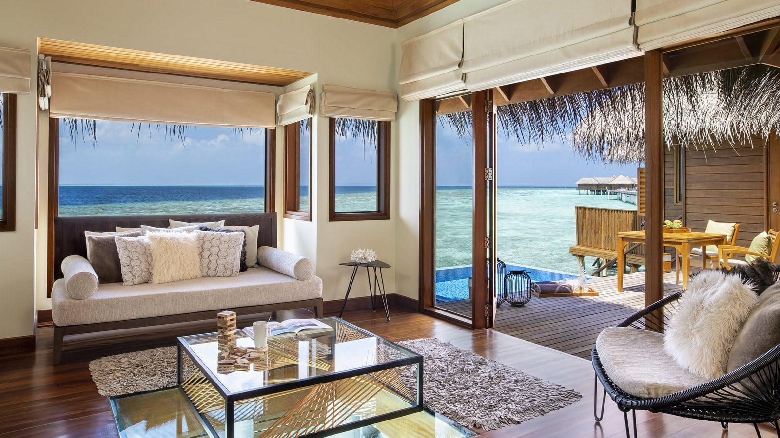 Мальдивы, отель Huvafen Fushi Maldives, номер Ocean Bungalow with Pool