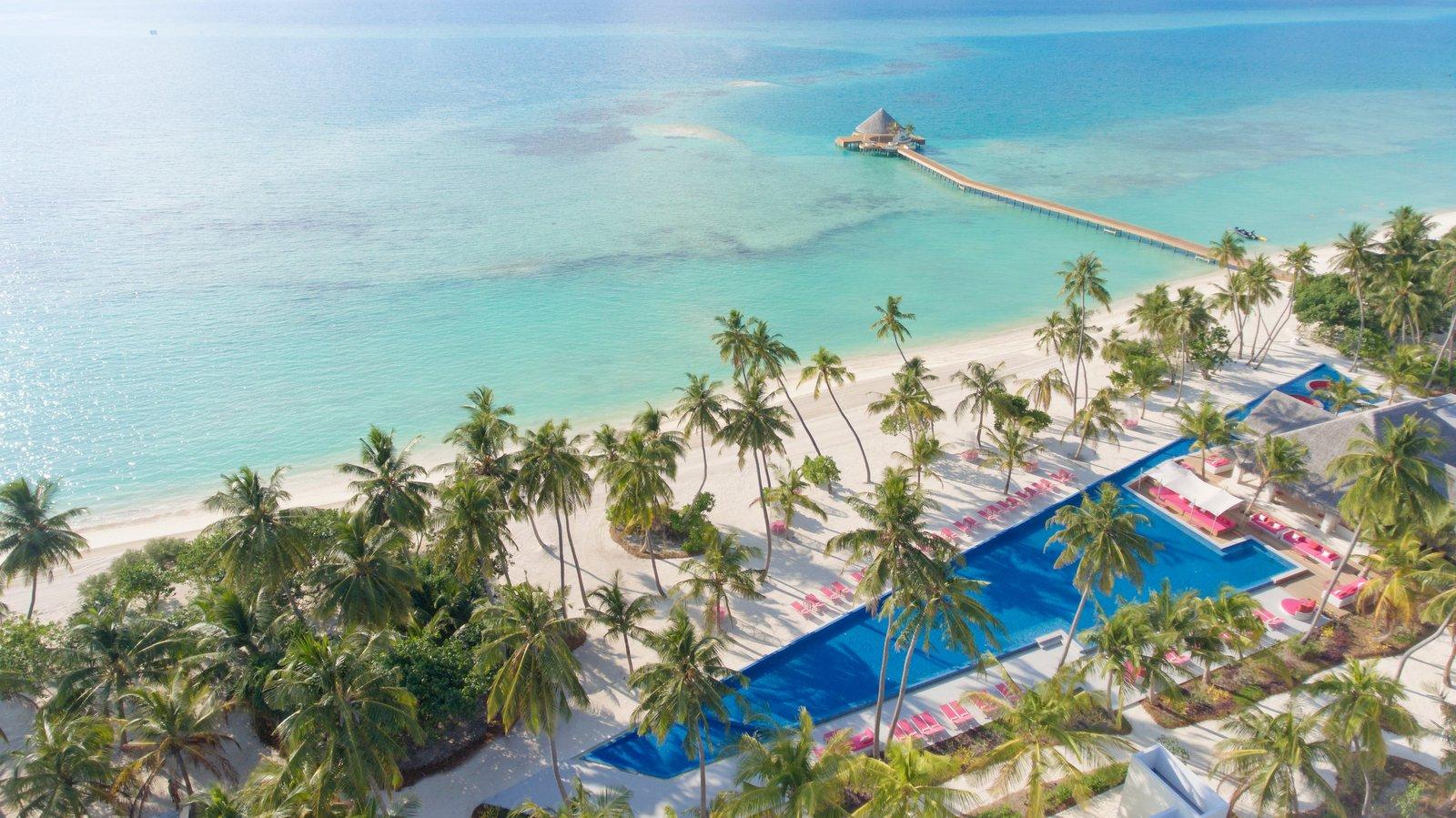 Мальдивы, отель Kandima Maldives, бассейн