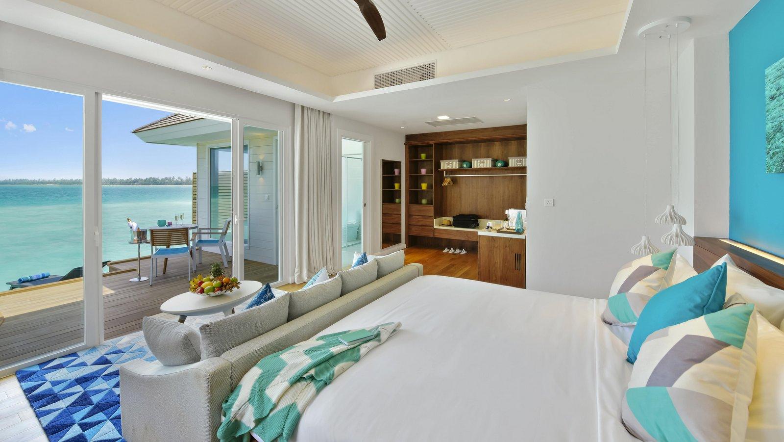 Мальдивы, отель Kandima Maldives, номер Aqua Villa