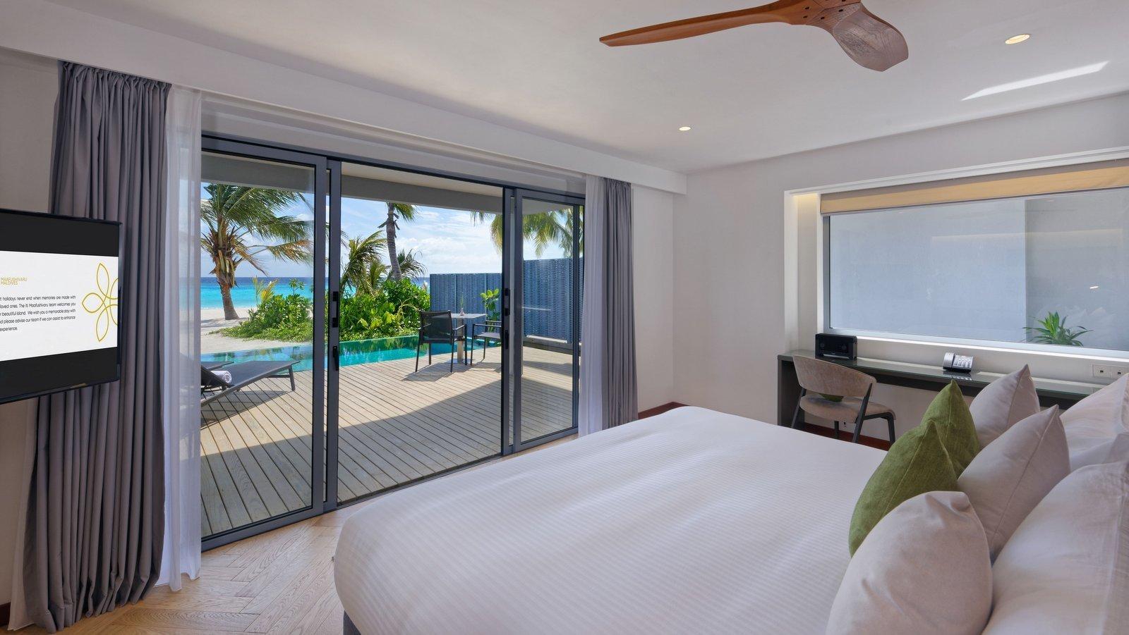 Мальдивы, отель LTI Maafushivaru Maldives, номер Duplex Pool Villa