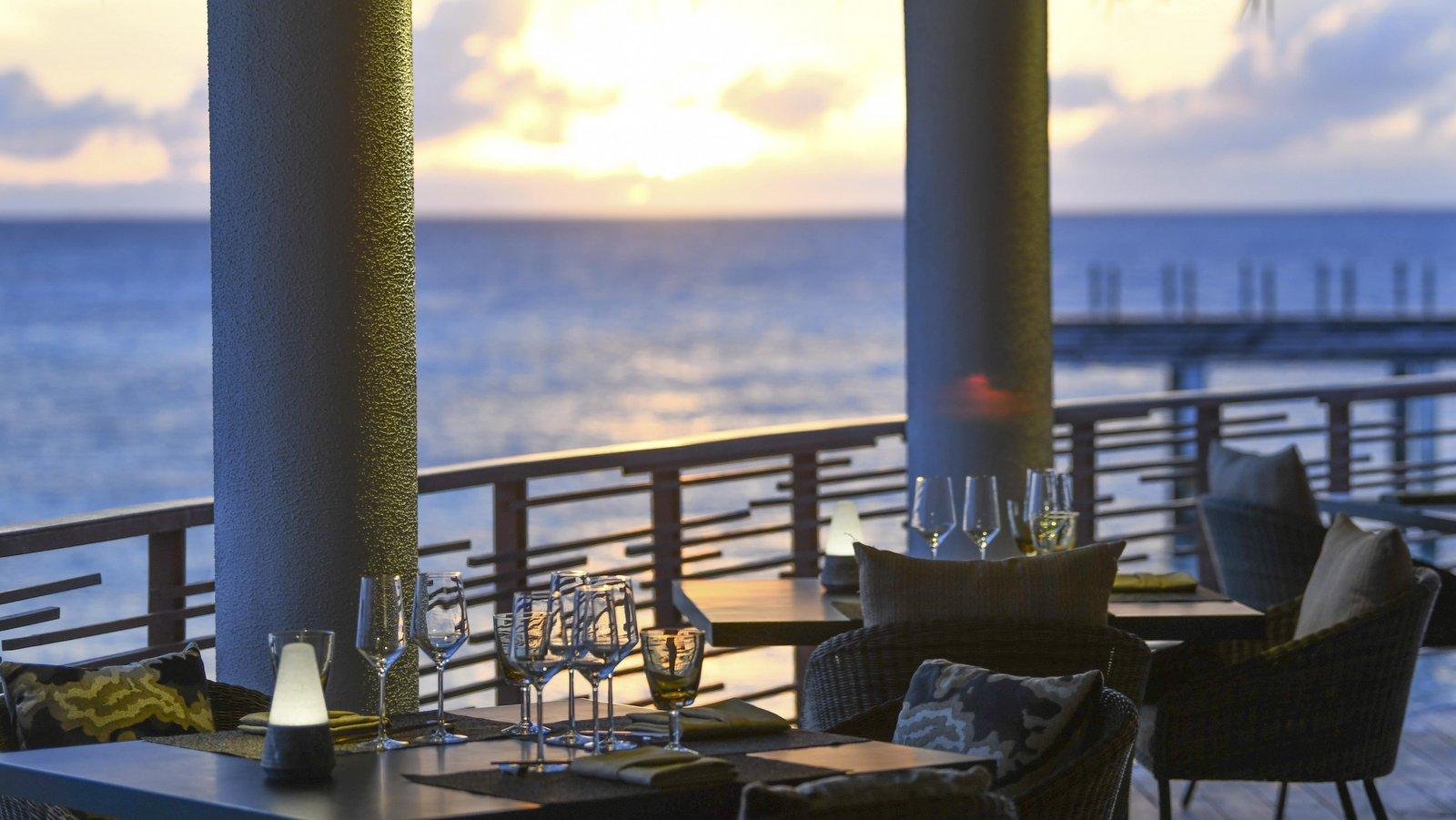 Мальдивы, отель JW Marriott Maldives Resort, ресторан Aailaa