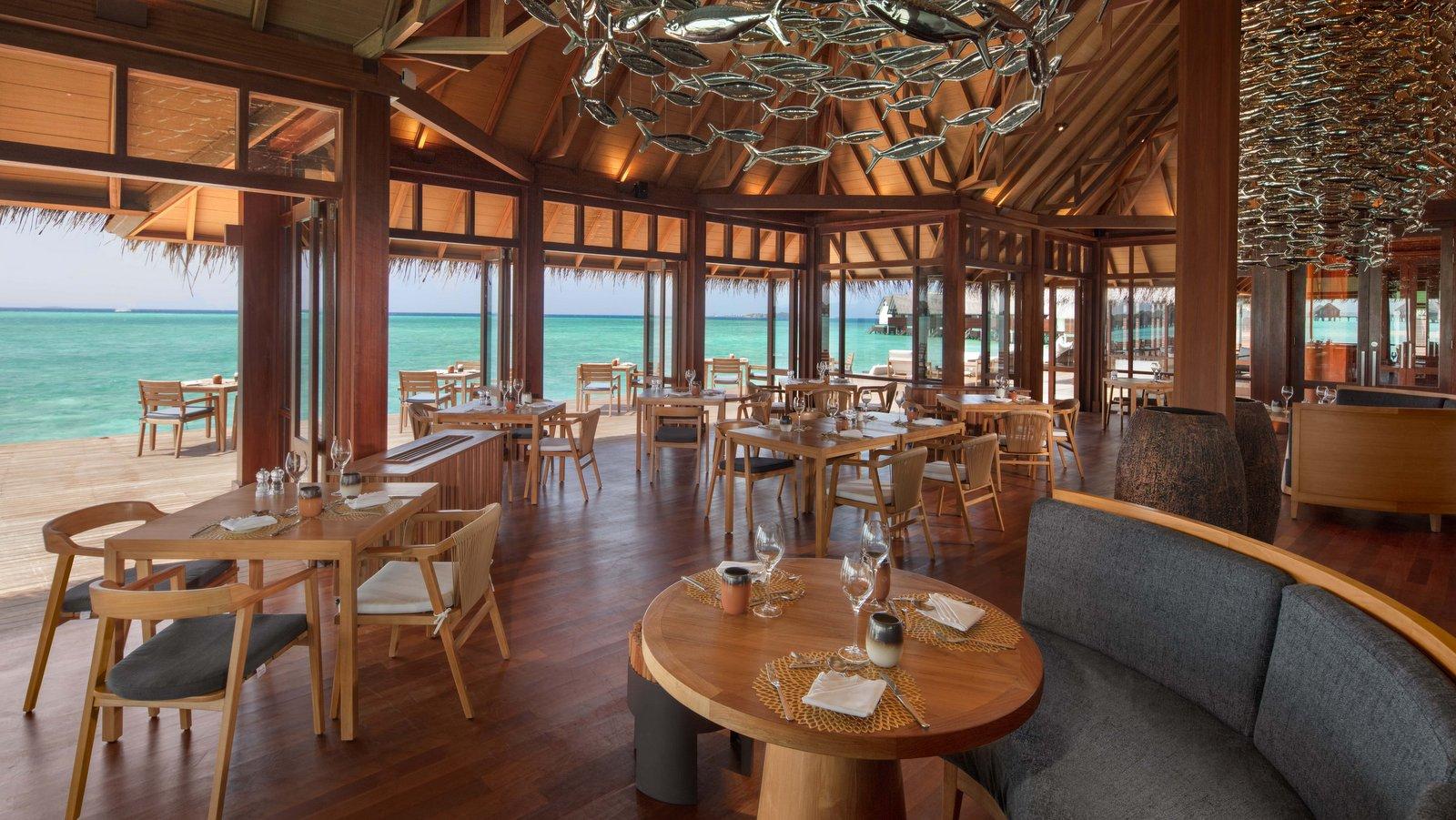 Мальдивы, отель Heritance Aarah, Baani & Falhu Bar