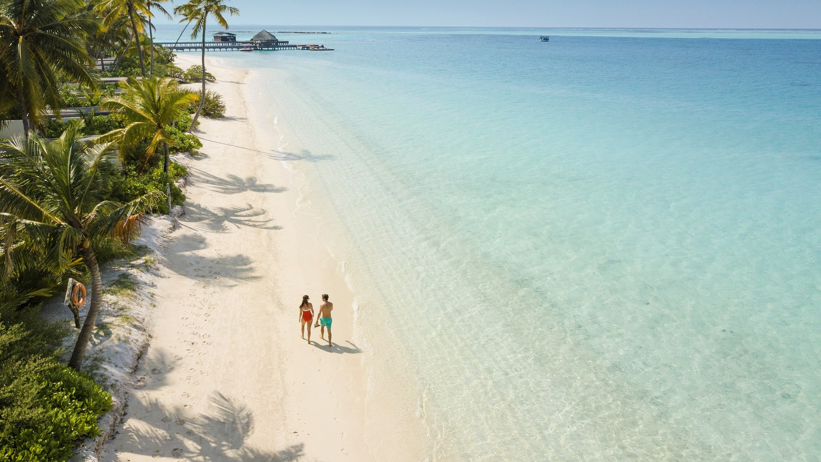 Мальдивы, отель Fairmont Maldives Sirru Fen Fushi, пляж