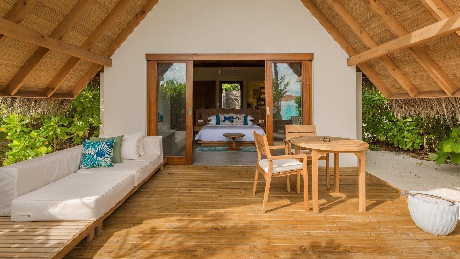 Мальдивы, отель Fushifaru Maldives, номер Beach Villa