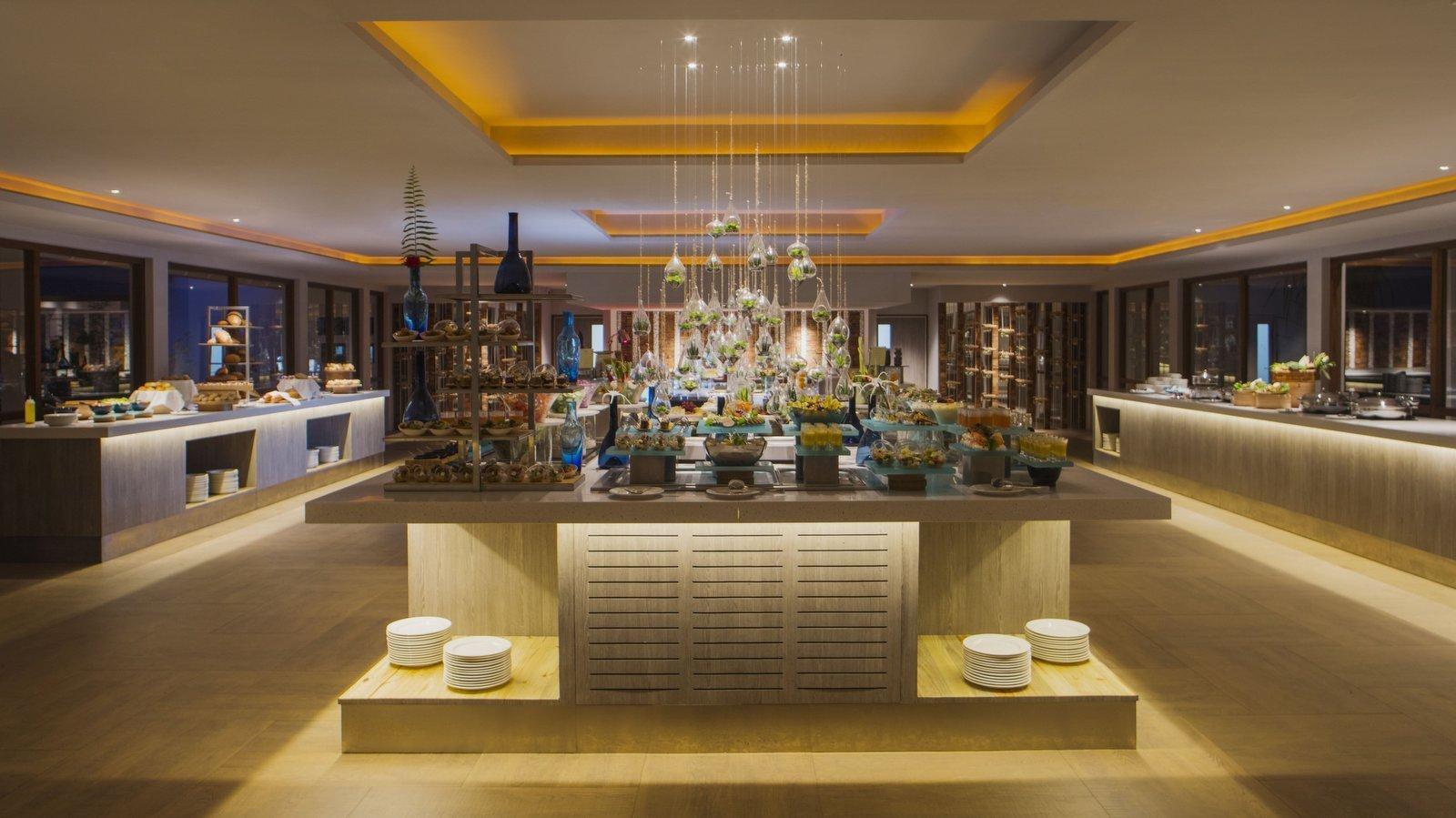 Мальдивы, отель Dhigali Maldives, ресторан Capers