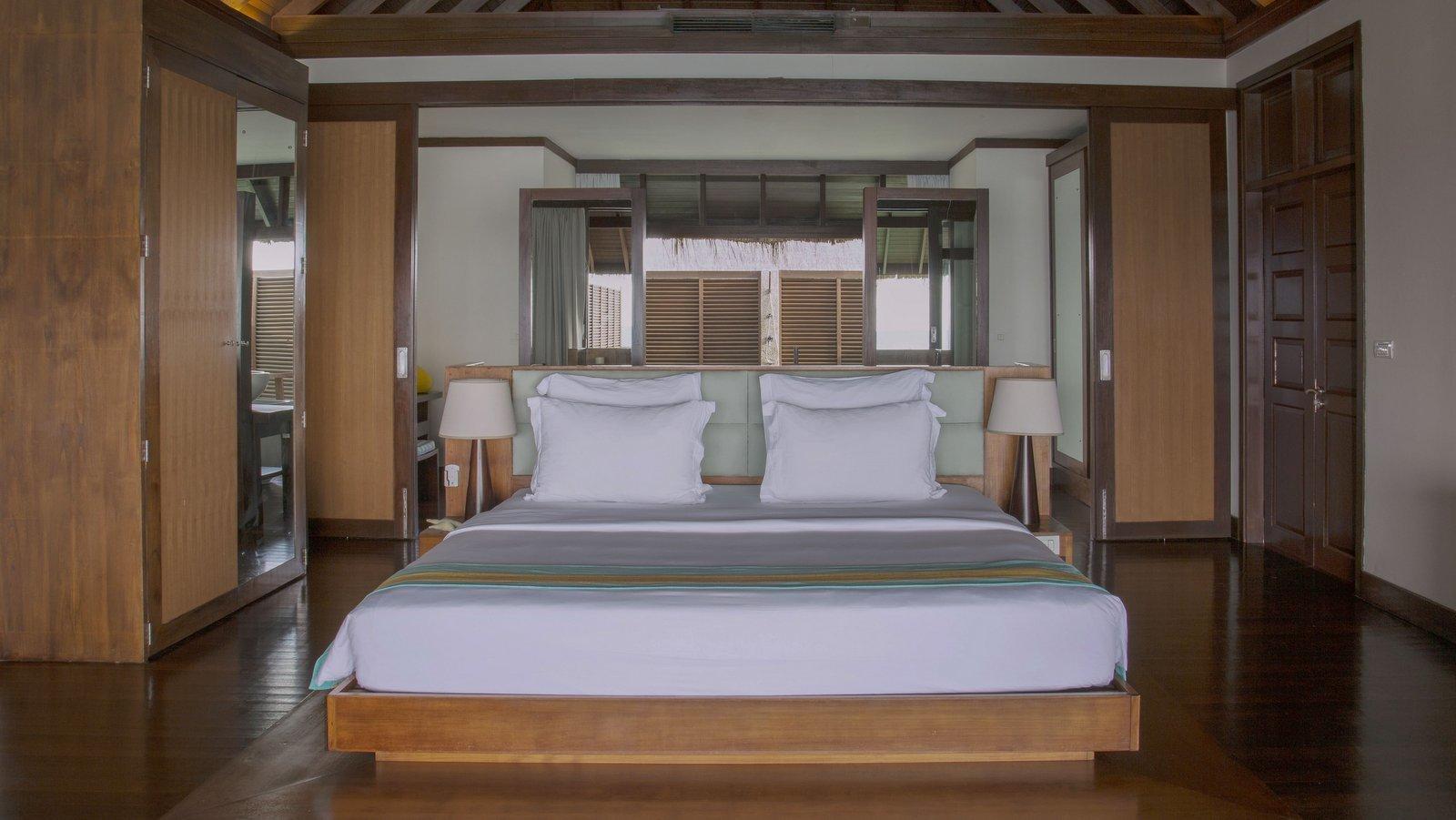 Мальдивы, отель Coco Palm Bodu Hithi, номер Water Villa with Pool