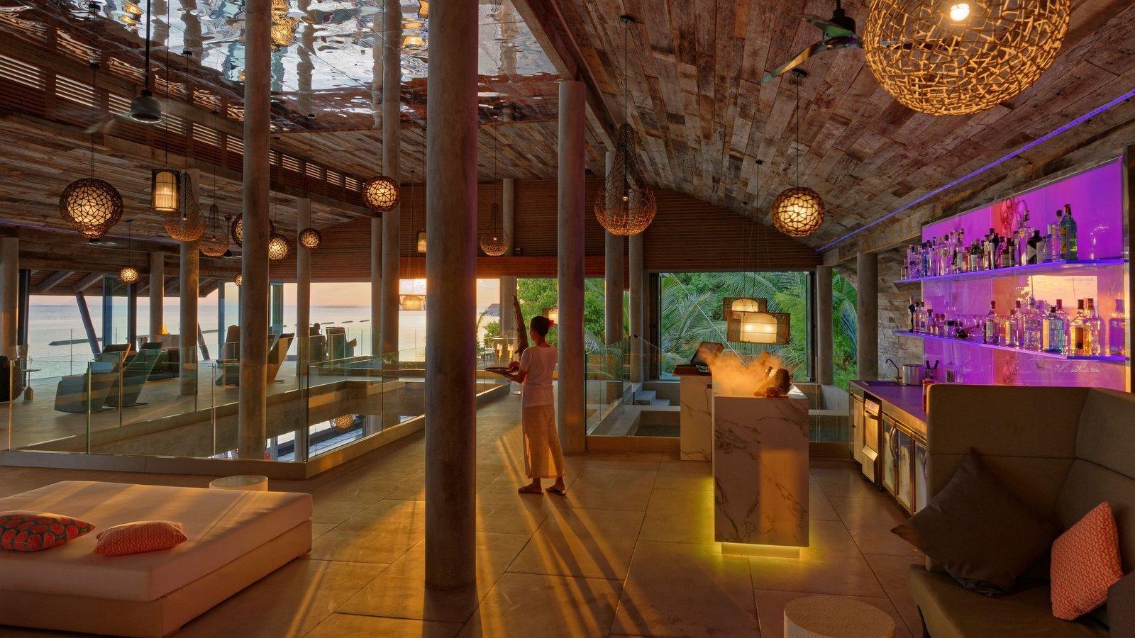 Мальдивы, отель Kuramathi Maldives, Champagne Loft