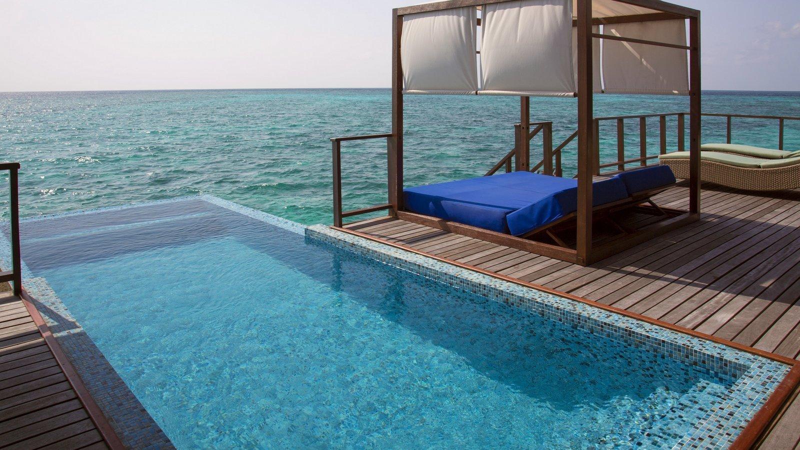 Мальдивы, отель Coco Palm Bodu Hithi, номер Coco Residence