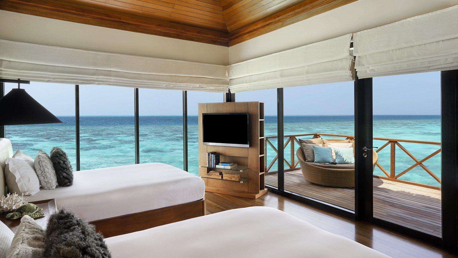 Мальдивы, отель Huvafen Fushi Maldives, номер Two Bed Room Ocean Bungalow with Pool