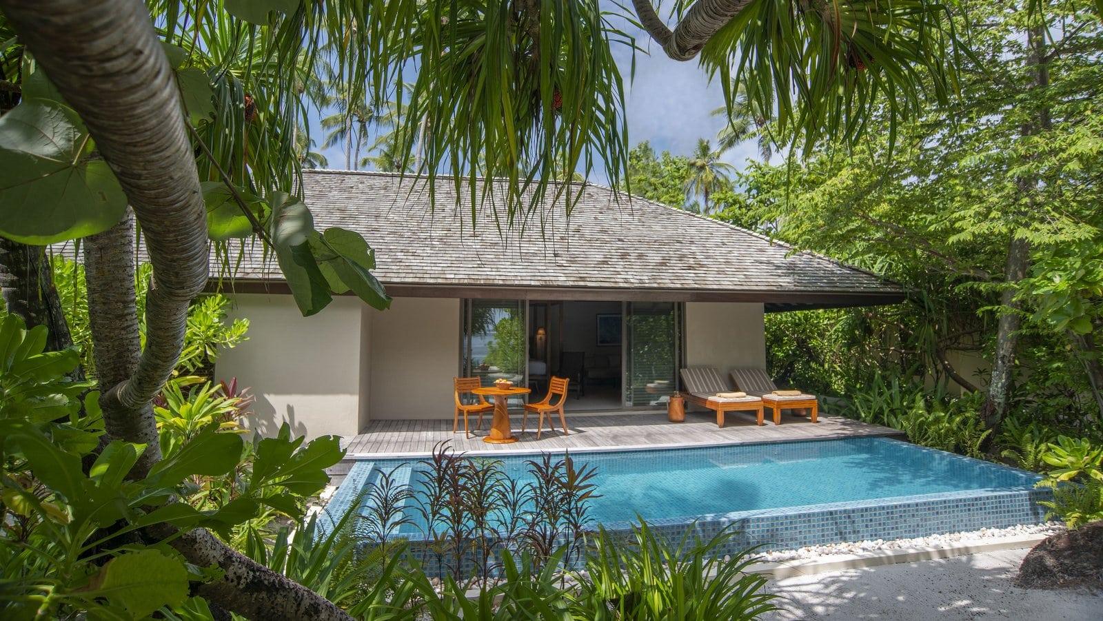 Мальдивы, отель The Residence Maldives at Dhigurah, номер Deluxe Beach Pool Villa