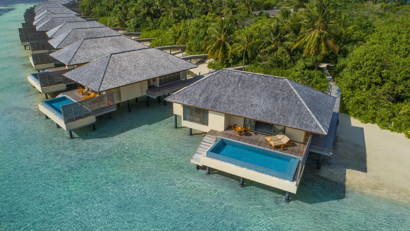 Мальдивы, отель The Residence Maldives at Dhigurah, номер Deluxe Lagoon Pool Villa