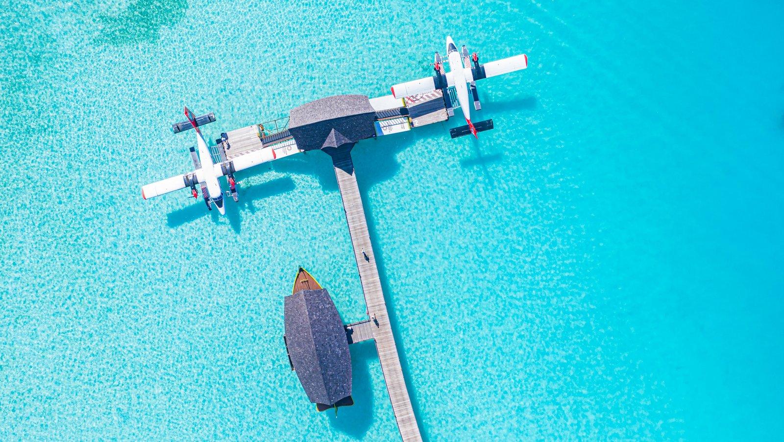 Мальдивы, отель Sun Siyam Iru Fushi, причал для гидросамолета