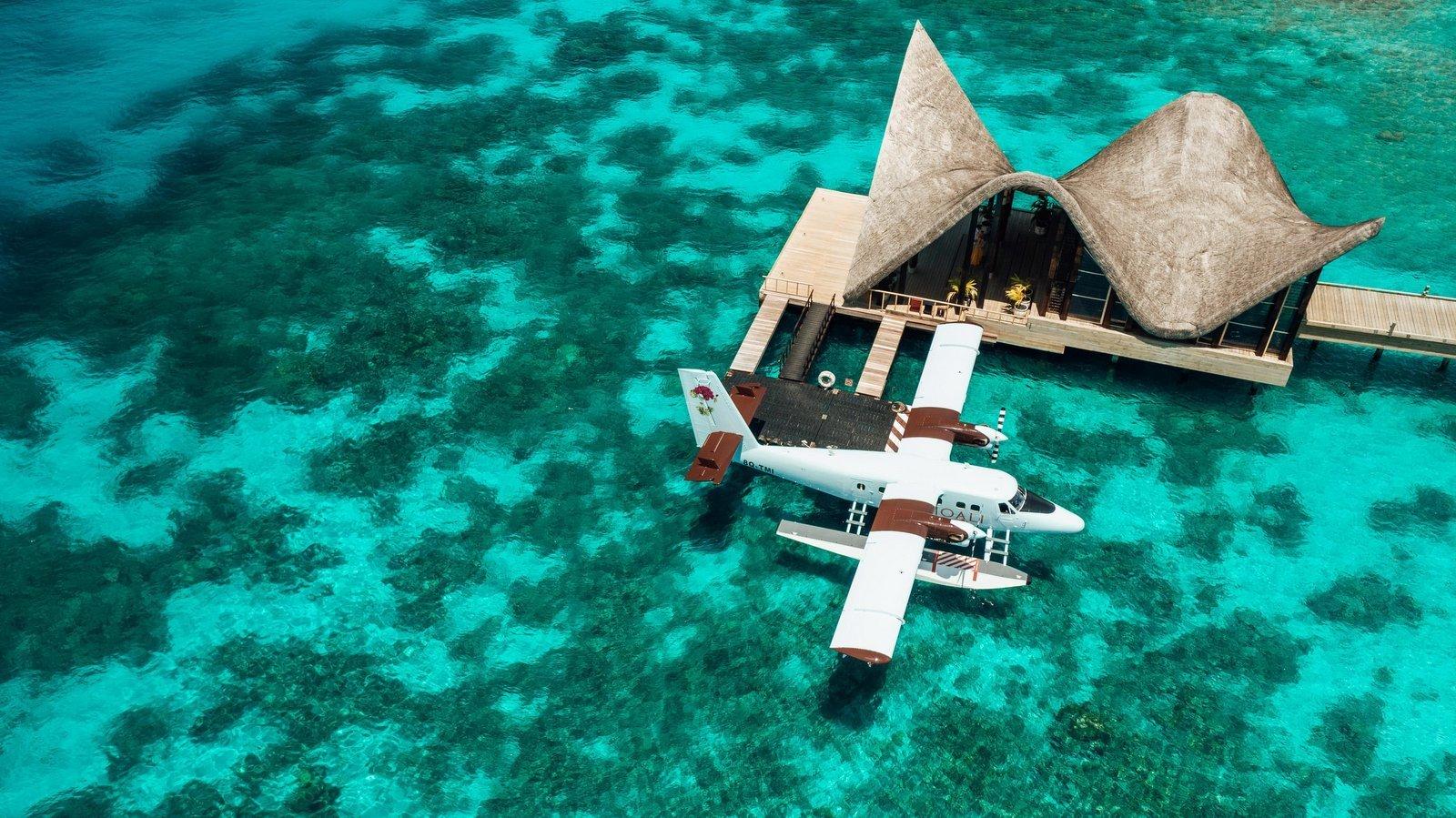 Мальдивы, отель Joali Maldives, гидросамолет