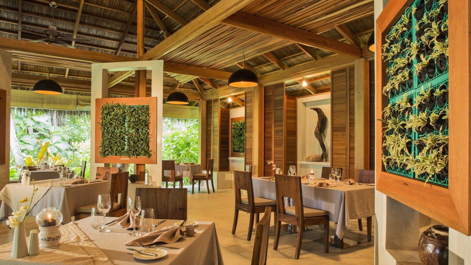 Мальдивы, отель Kuramathi Maldives, ресторан Duniye