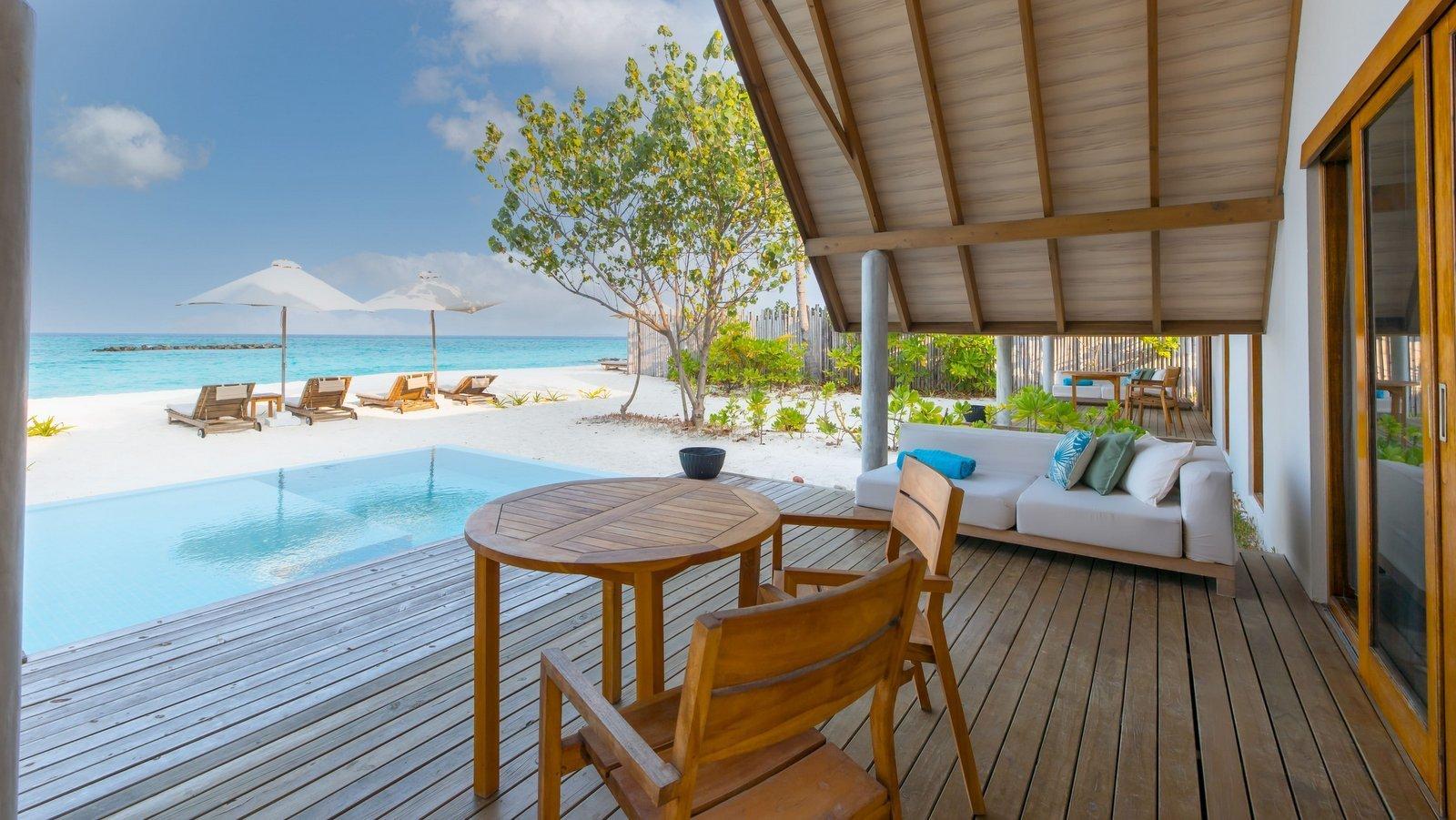 Мальдивы, отель Fushifaru Maldives, номер Beach Duplex Villa