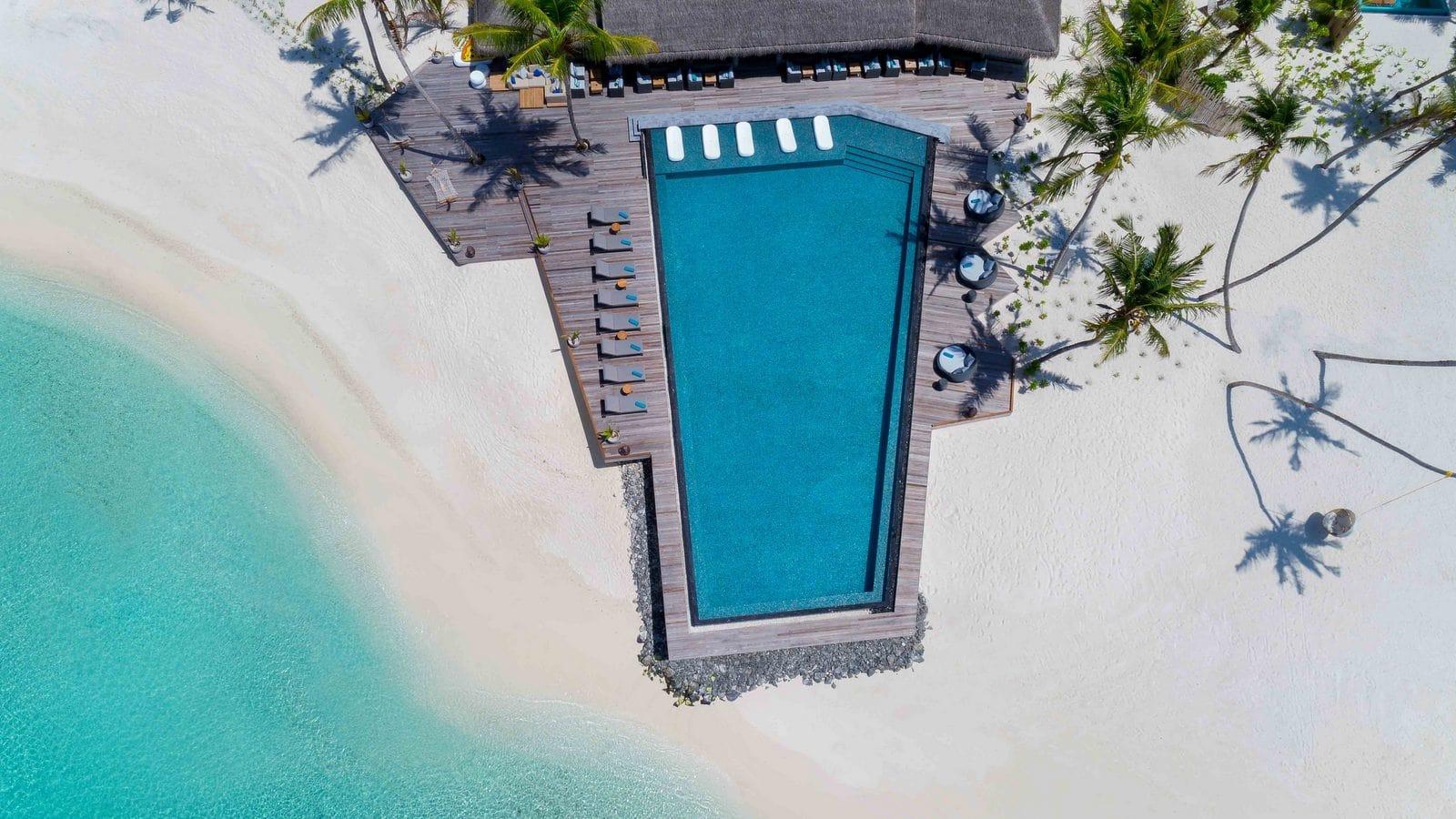 Мальдивы, отель Fushifaru Maldives, бассейн