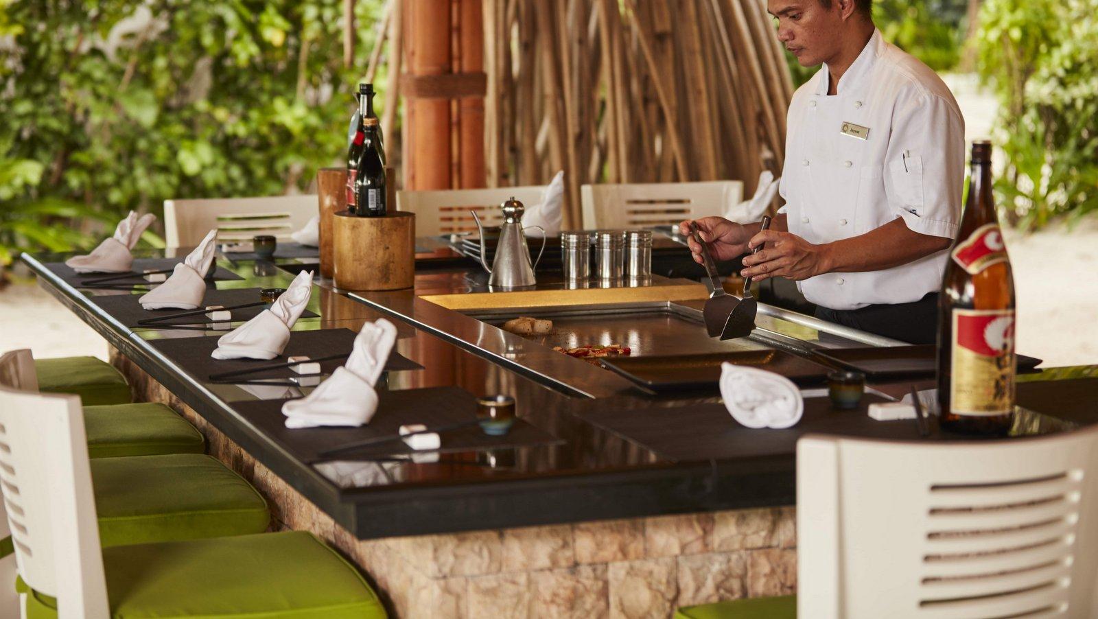 Мальдивы, отель Sun Siyam Iru Fushi, ресторан Teppanyaki