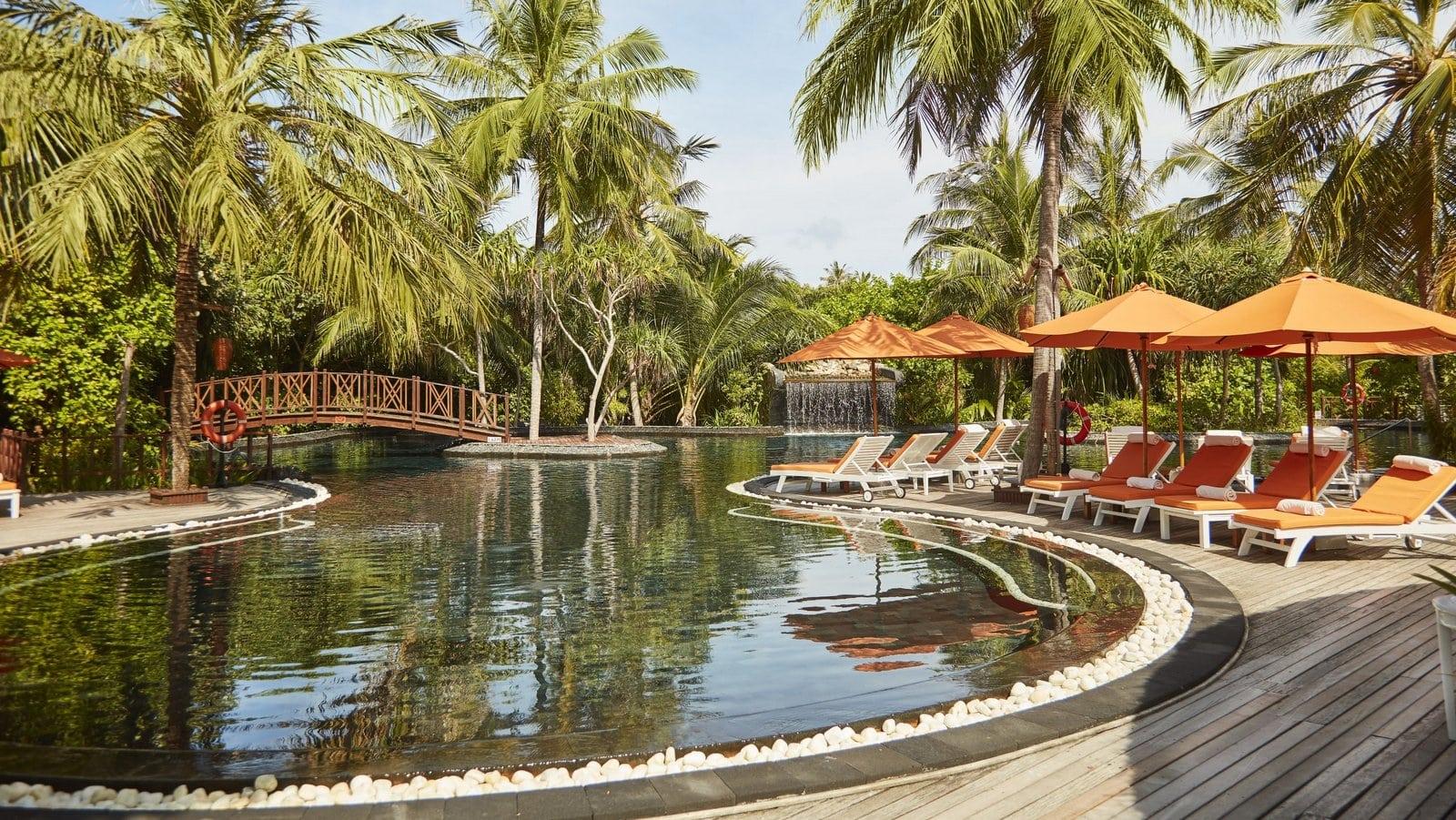 Мальдивы, отель Sun Siyam Iru Fushi, ресторан Fluid
