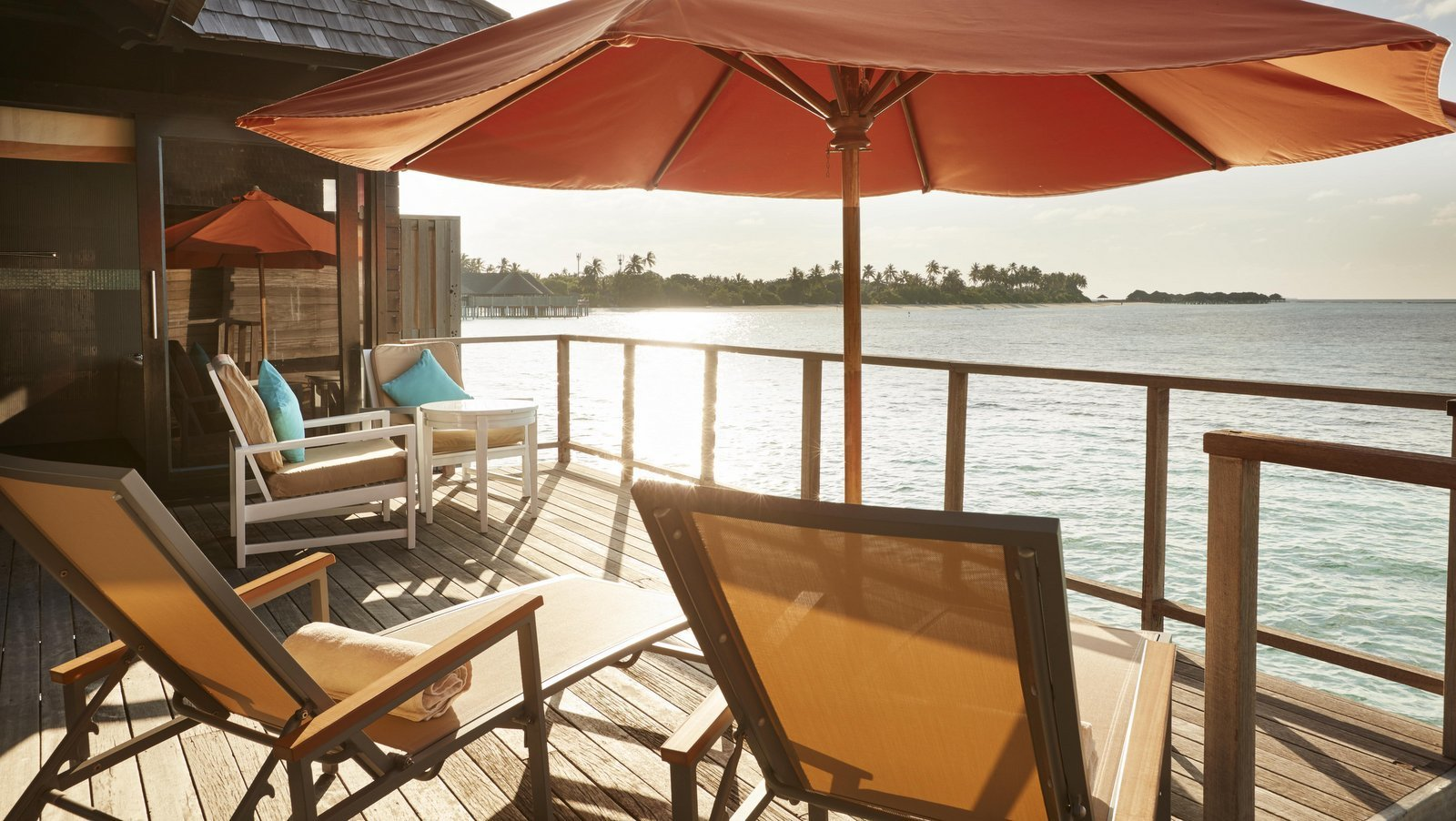 Мальдивы, отель Sun Siyam Iru Fushi, номер Water Villa