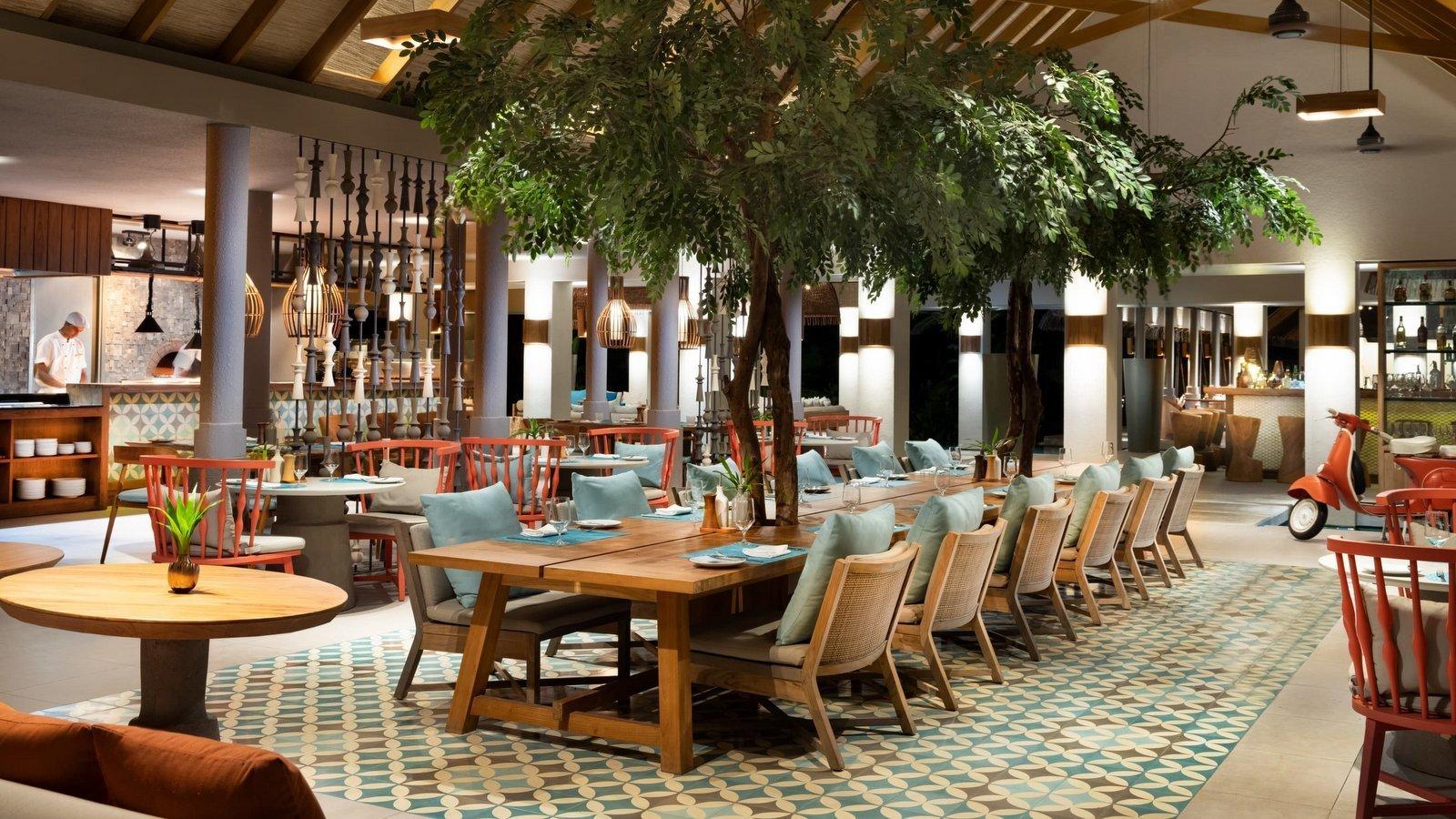 Мальдивы, отель Vakkaru Maldives, ресторан Isoletta