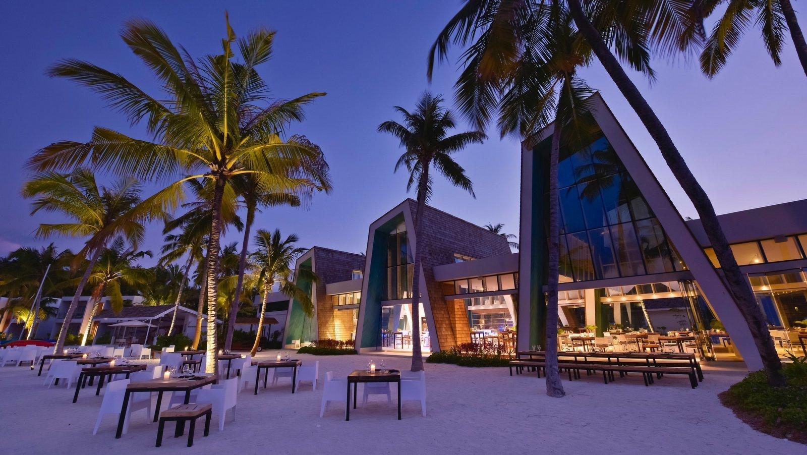 Мальдивы, отель Kandima Maldives, ресторан Smoked