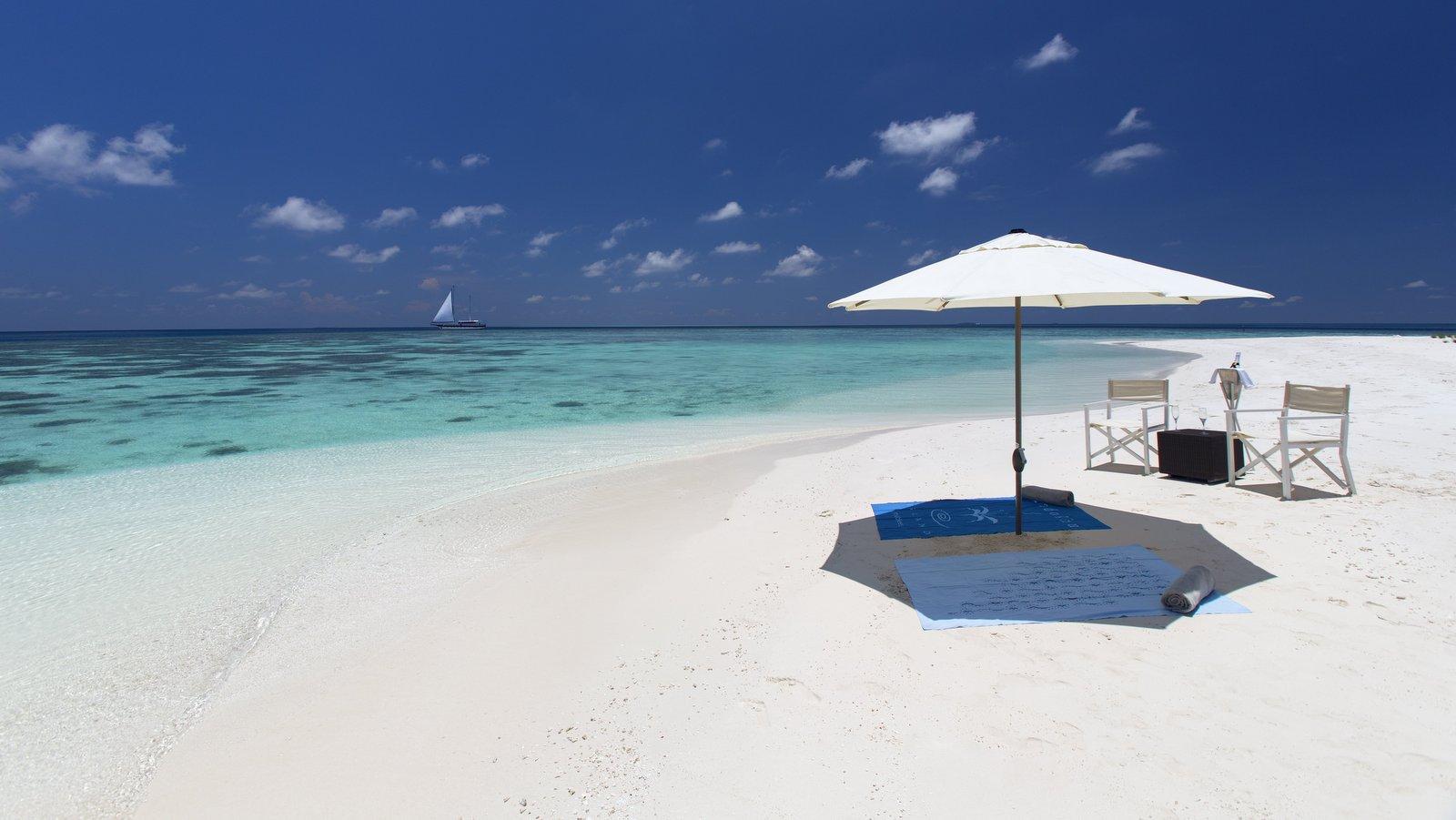 Мальдивы, отель Kandolhu Maldives, пляж