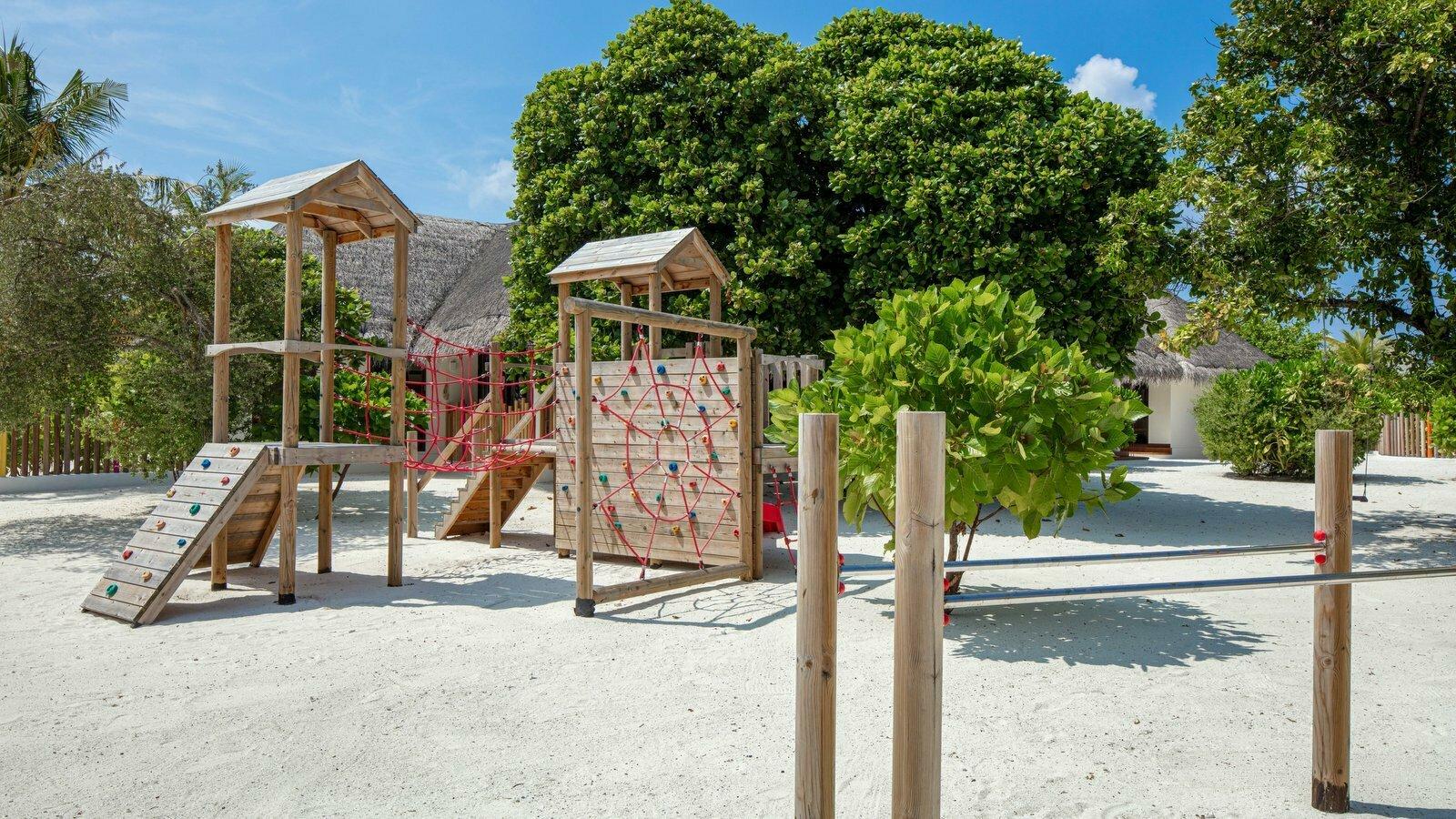 Мальдивы, отель Heritance Aarah, детский клуб