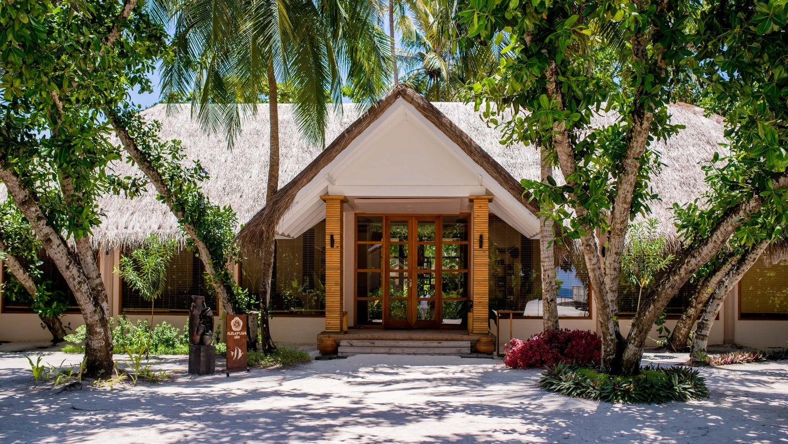 Мальдивы, отель Kudafushi Resort, спа