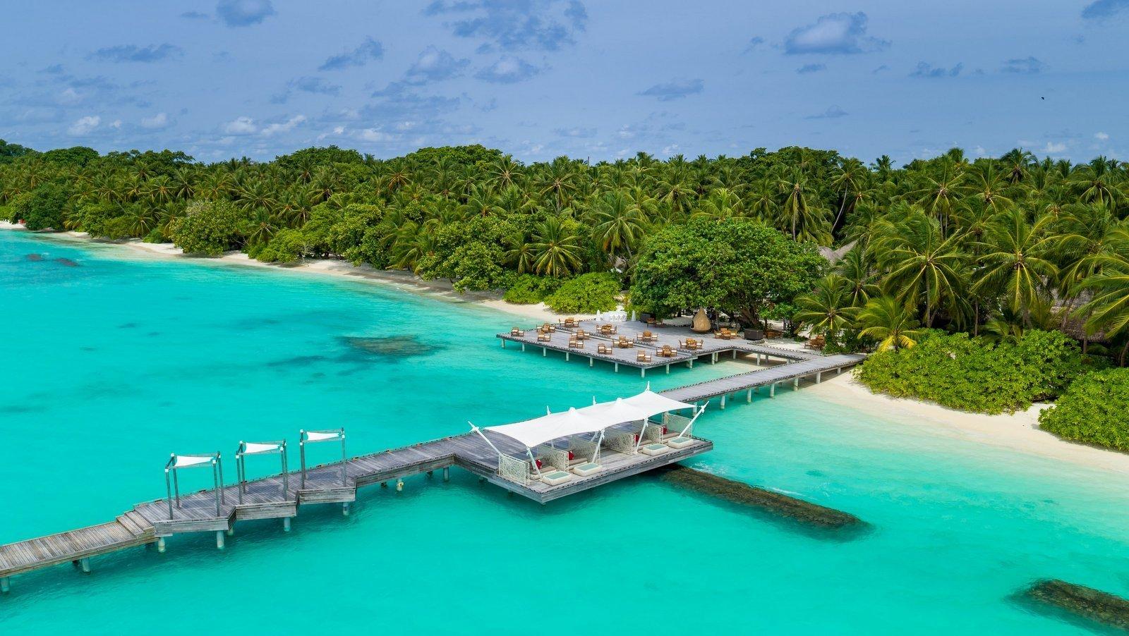 Мальдивы, отель Kuramathi Maldives, бар Dhoni