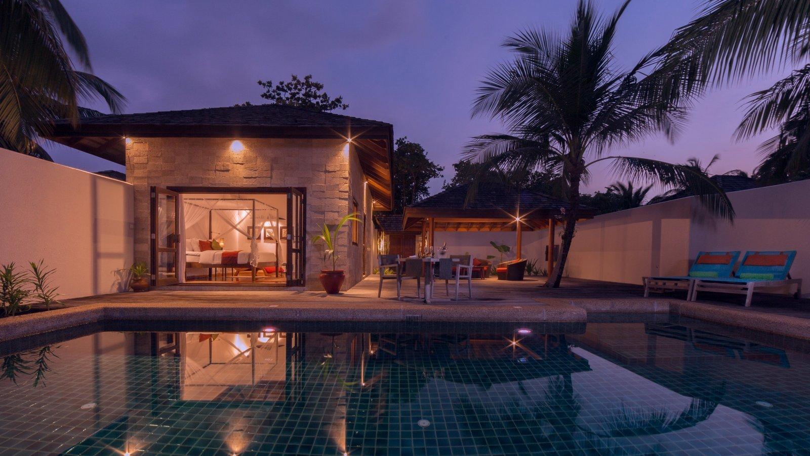 Мальдивы, отель Kuredu Island Resort, номер Private Pool Villa