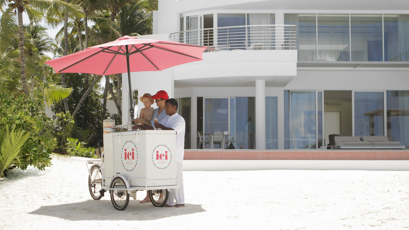 Мальдивы, отель LUX North Male Atoll, мороженное