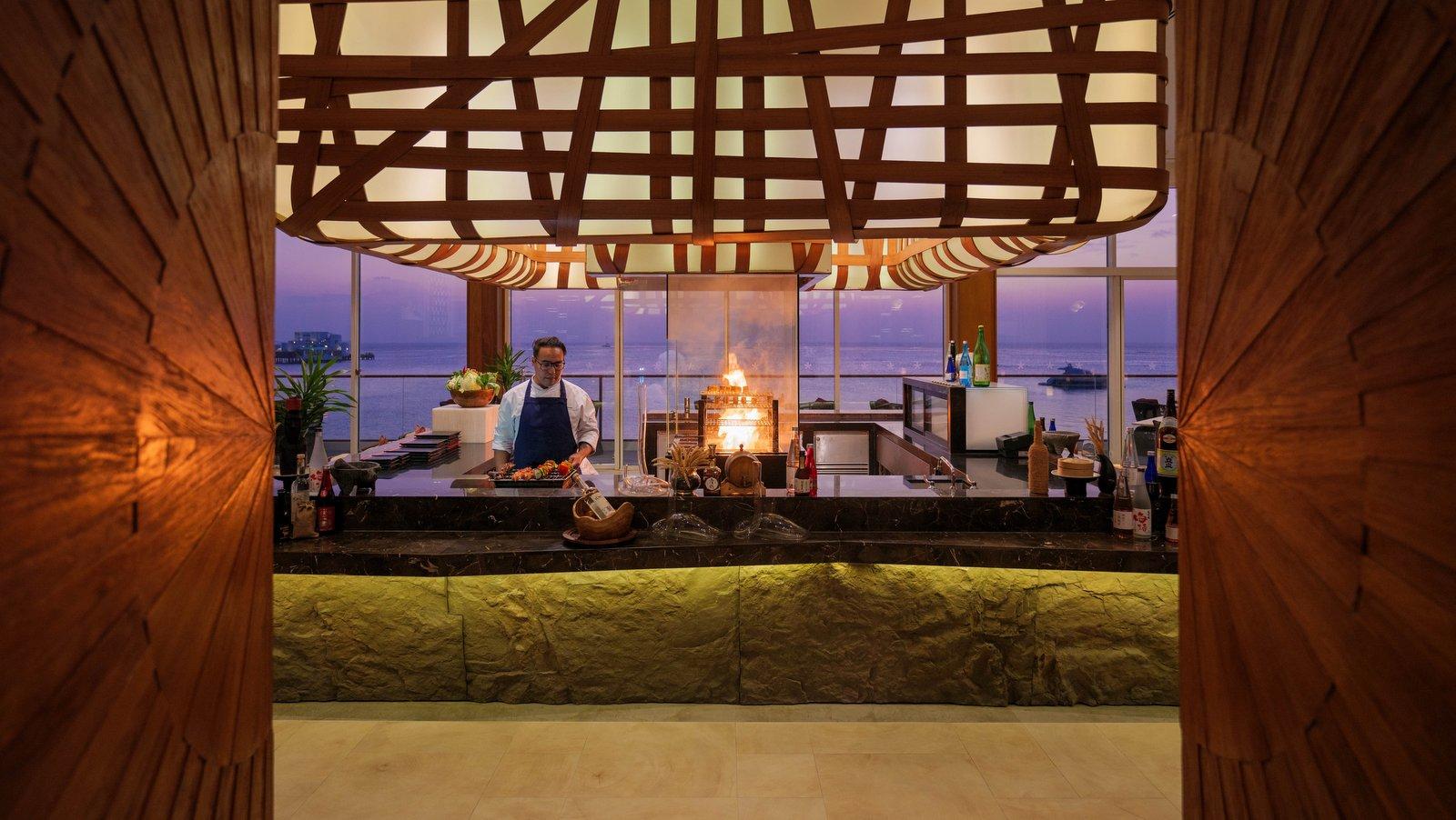 Мальдивы, отель LUX North Male Atoll, ресторан INTI