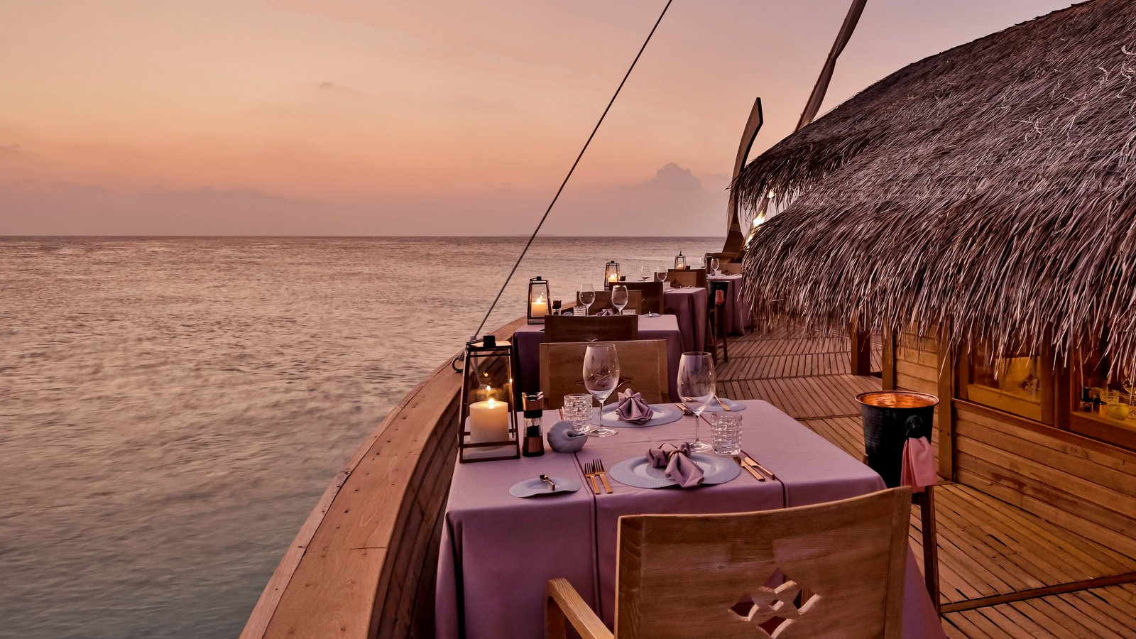 Мальдивы, отель Milaidhoo Island Maldives, ресторан Ba'theli by the Reef