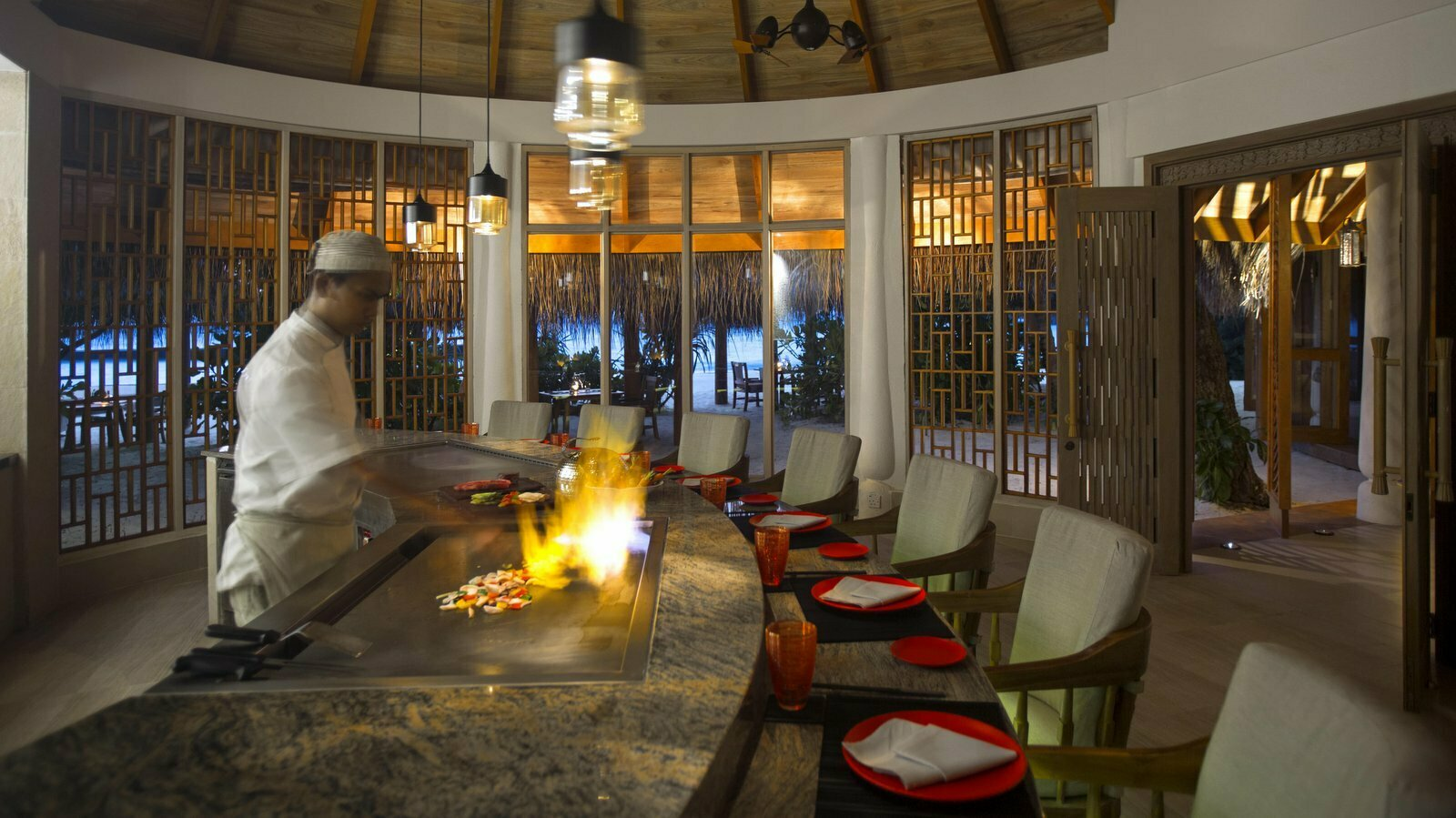 Мальдивы, отель Milaidhoo Island Maldives, ресторан Shoreline Grill