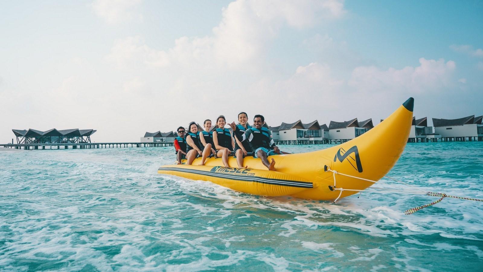 Мальдивы, отель Movenpick Resort Kuredhivaru Maldives, банана