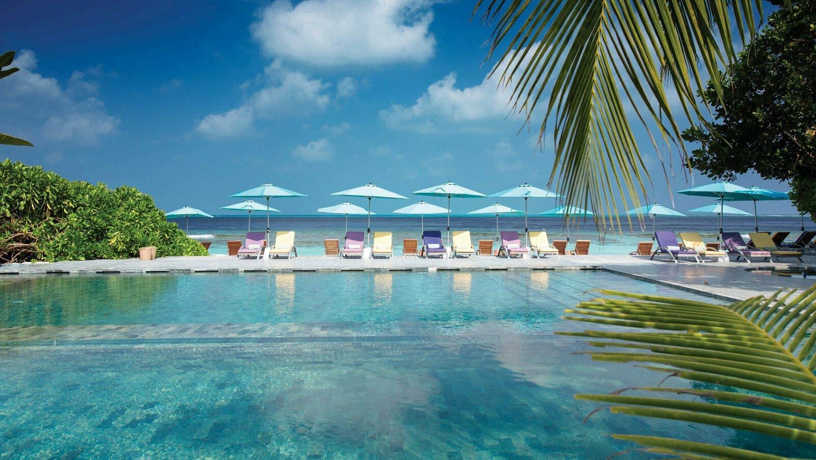 Мальдивы, отель OBLU by Atmosphere at Helengeli, бассейн