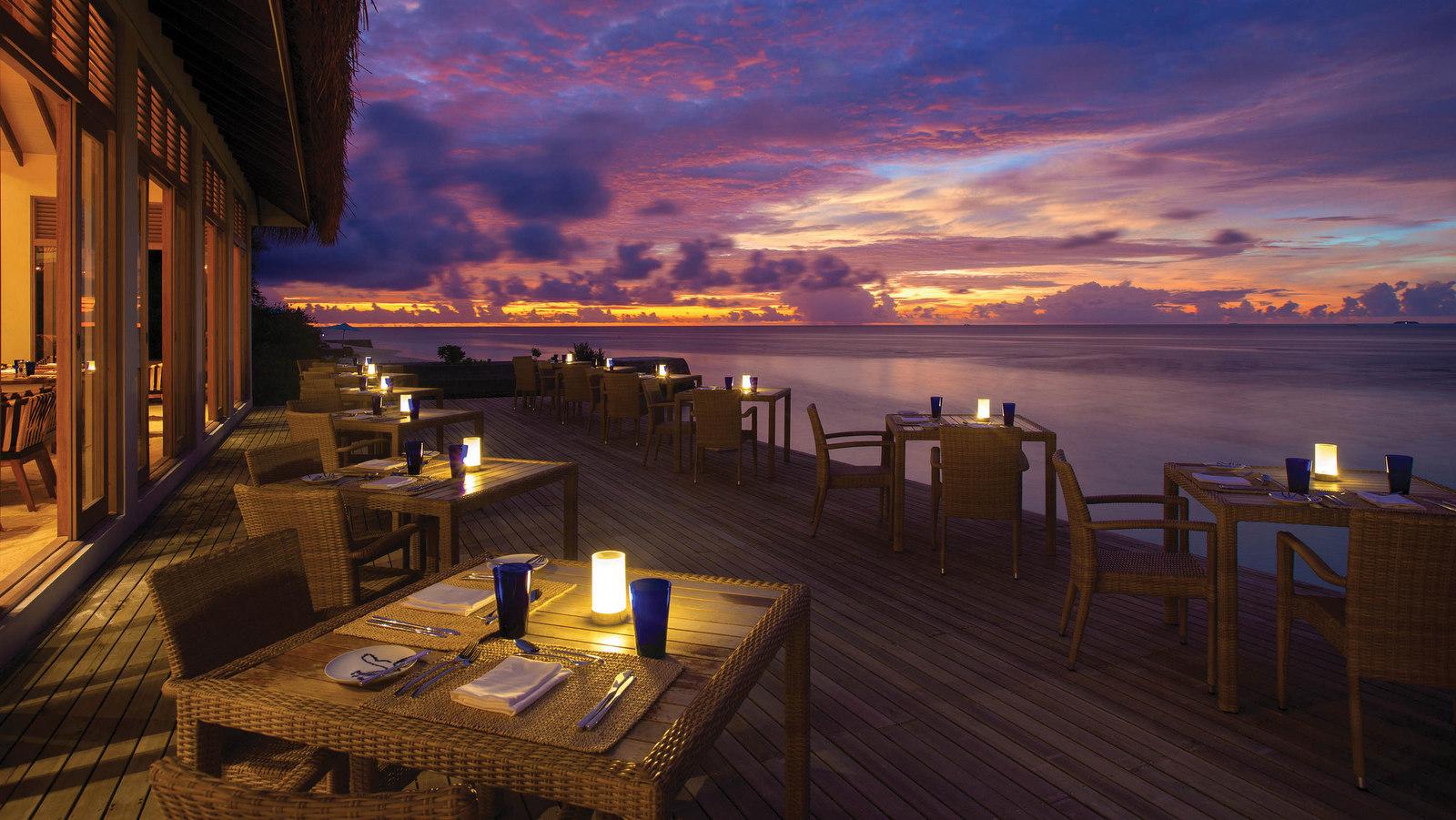 Мальдивы, отель OBLU by Atmosphere at Helengeli, ресторан