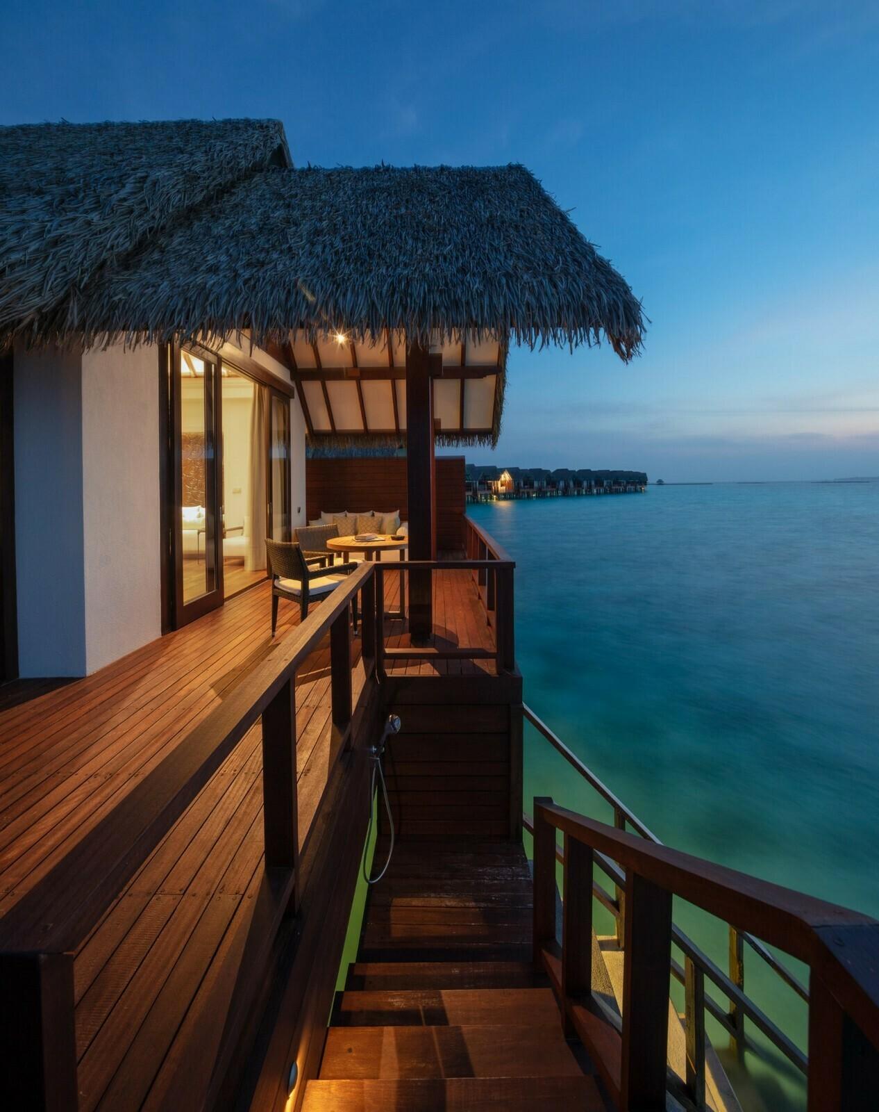 Мальдивы, отель Heritance Aarah, номер Ocean Villa
