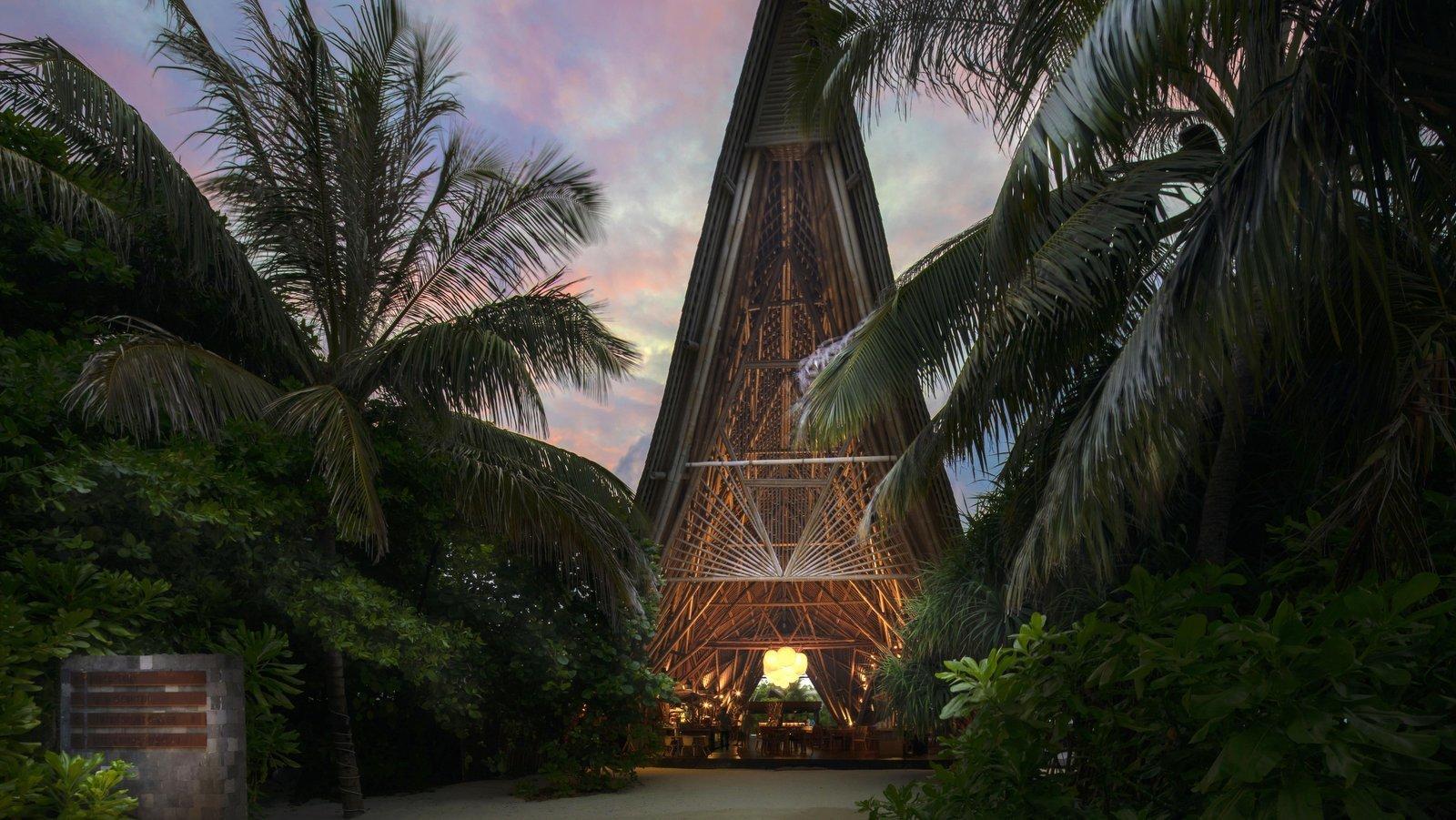 Мальдивы, отель Movenpick Resort Kuredhivaru Maldives, ресторан ONU Marche