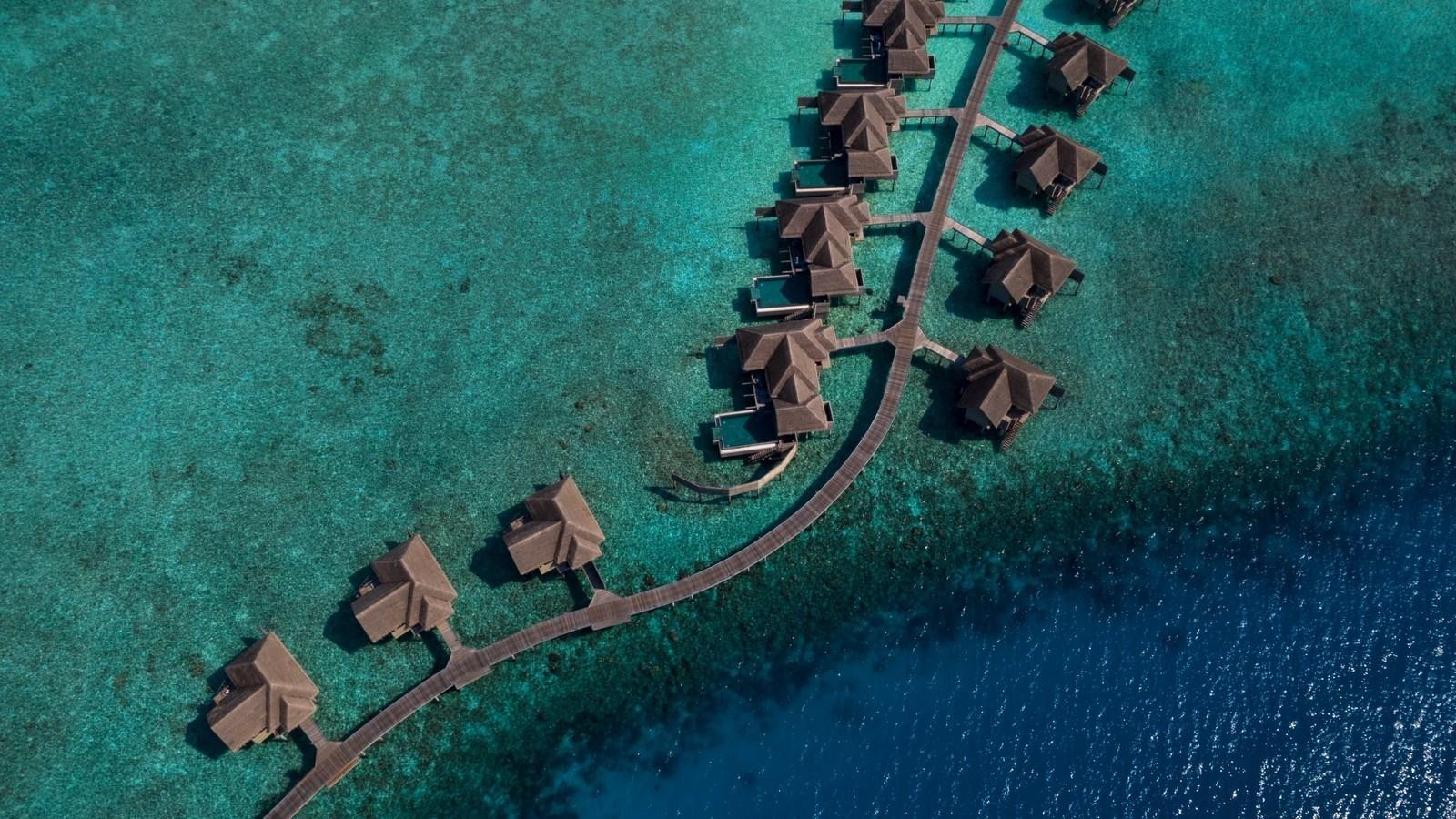 Мальдивы, отель Vakkaru Maldives, водные виллы