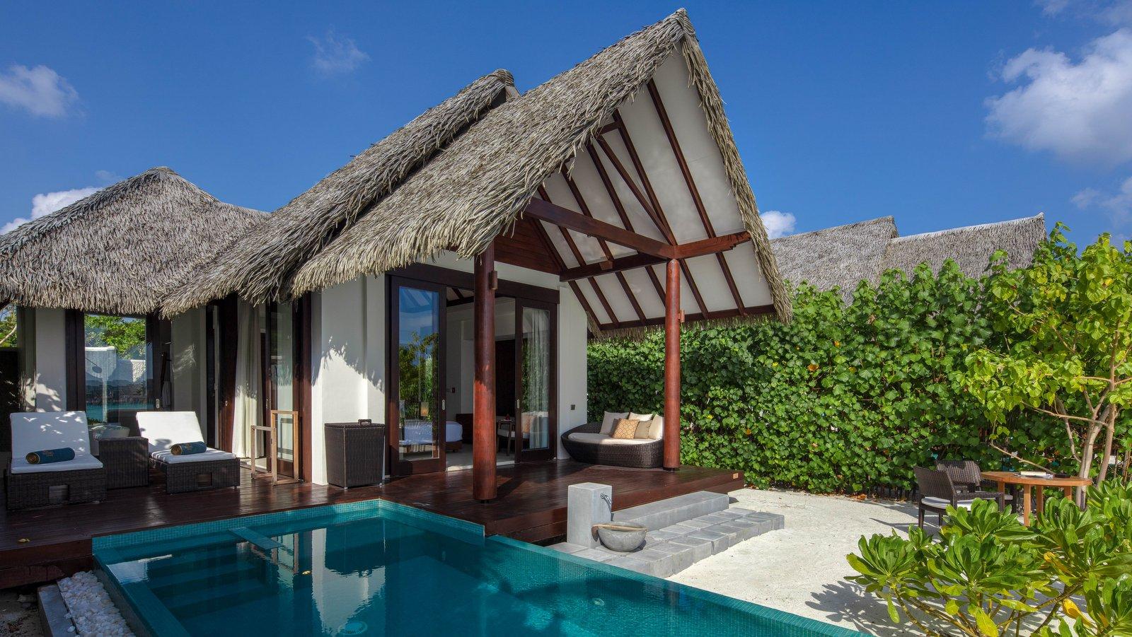 Мальдивы, отель Heritance Aarah, номер Beach Pool Villa