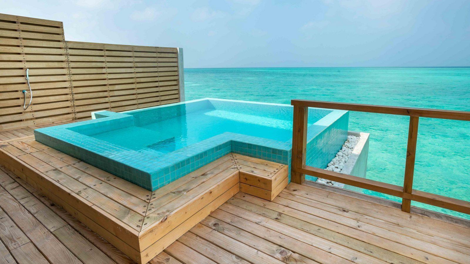 Мальдивы, отель Fushifaru Maldives, номер Pool Water Villa