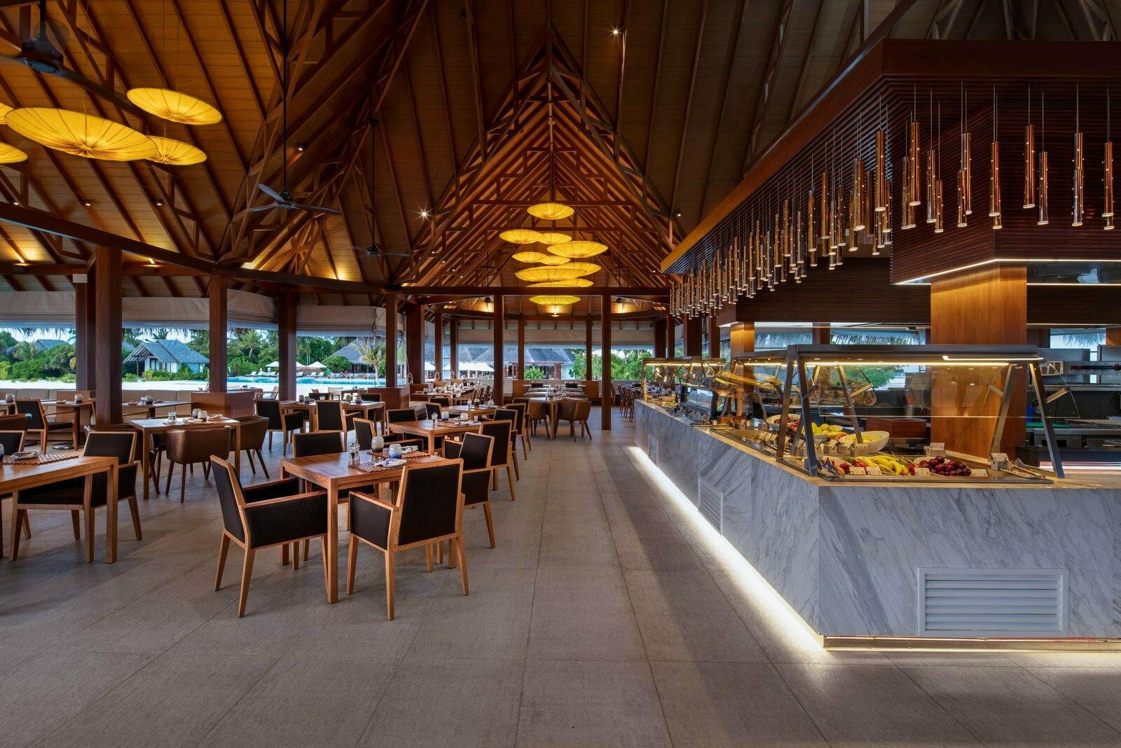 Мальдивы, отель Heritance Aarah, Ralu Bar