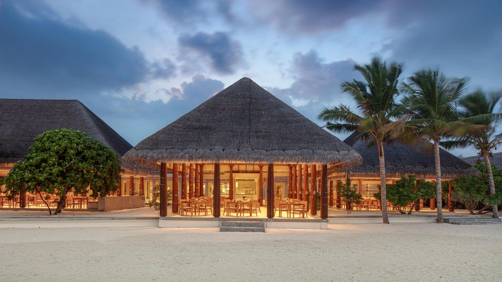 Мальдивы, отель Heritance Aarah, ресторан Ranba
