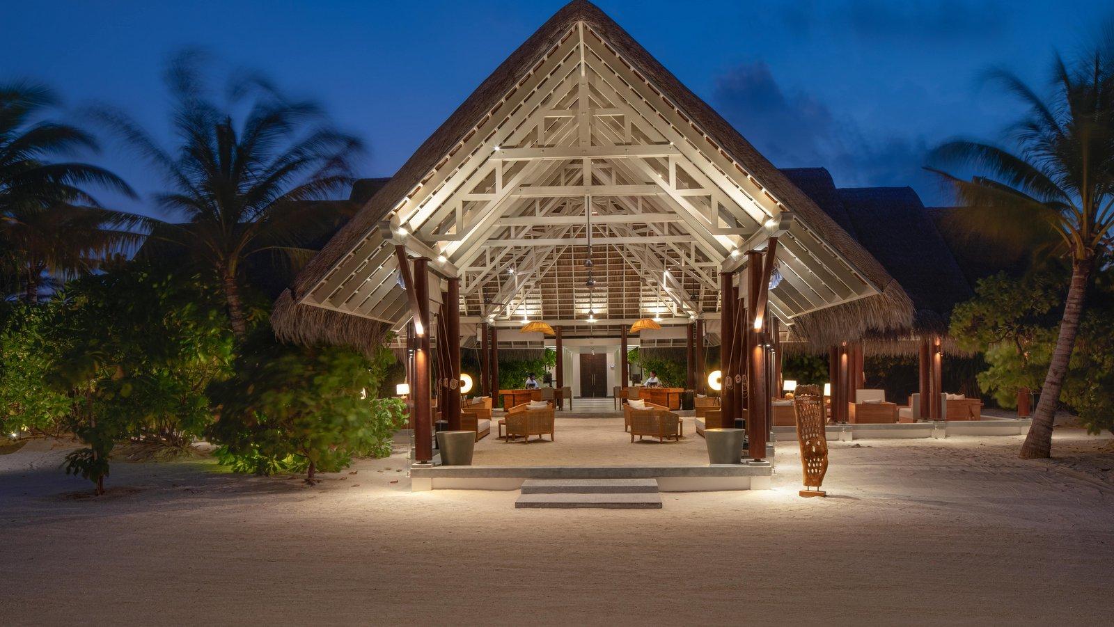 Мальдивы, отель Heritance Aarah, лобби