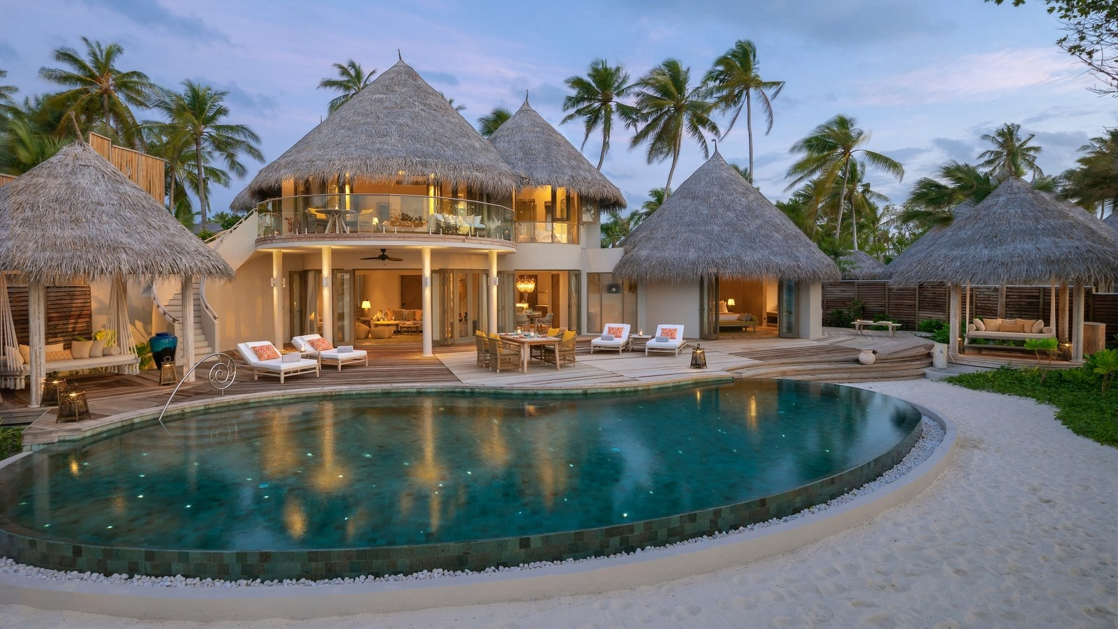 Мальдивы, отель The Nautilus Maldives, номер Two-Bedroom Beach Residence