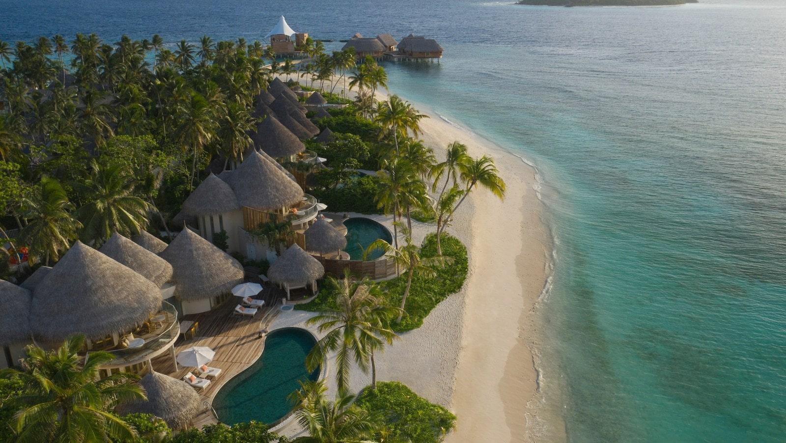 Мальдивы, отель The Nautilus Maldives, пляж