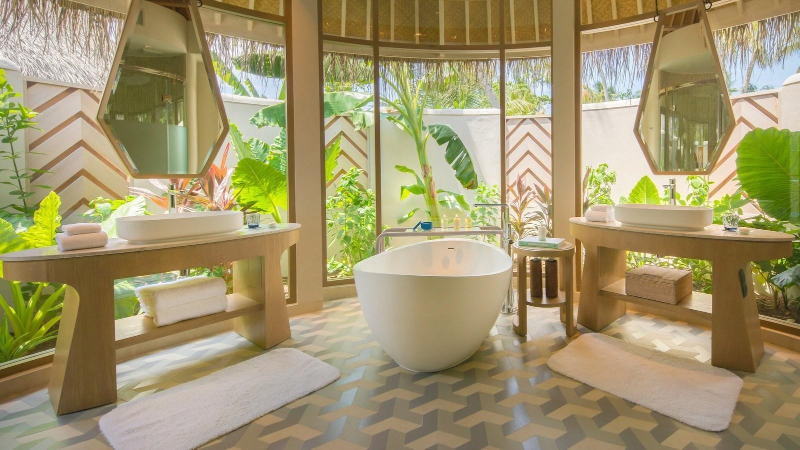 Мальдивы, отель The Nautilus Maldives, номер Beach House
