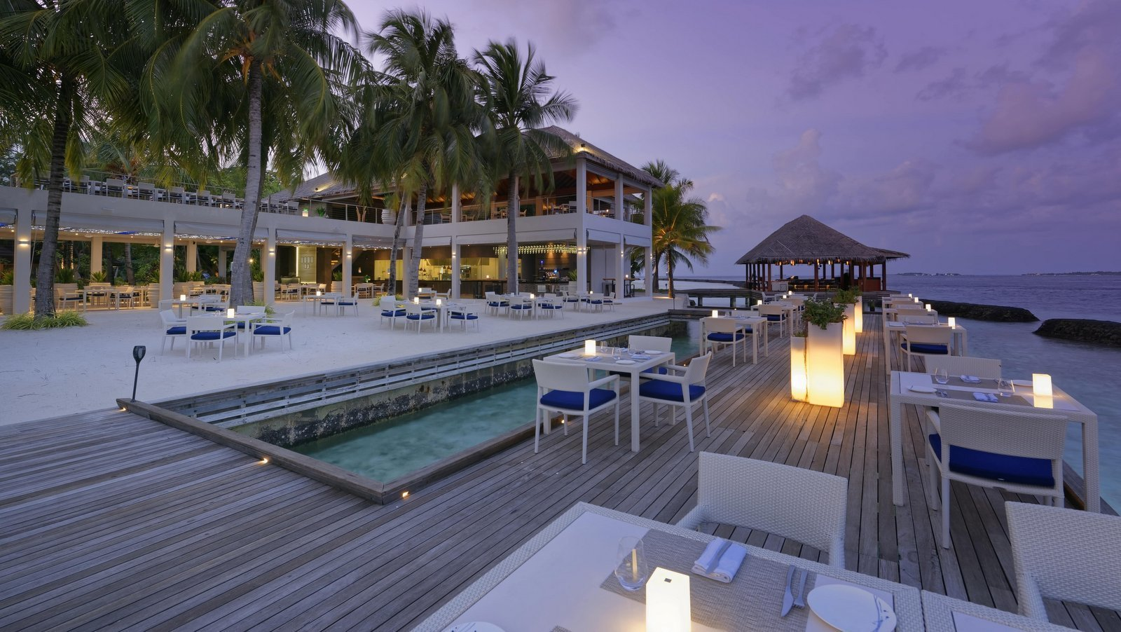 Мальдивы, отель Kurumba Maldives, ресторан Thila